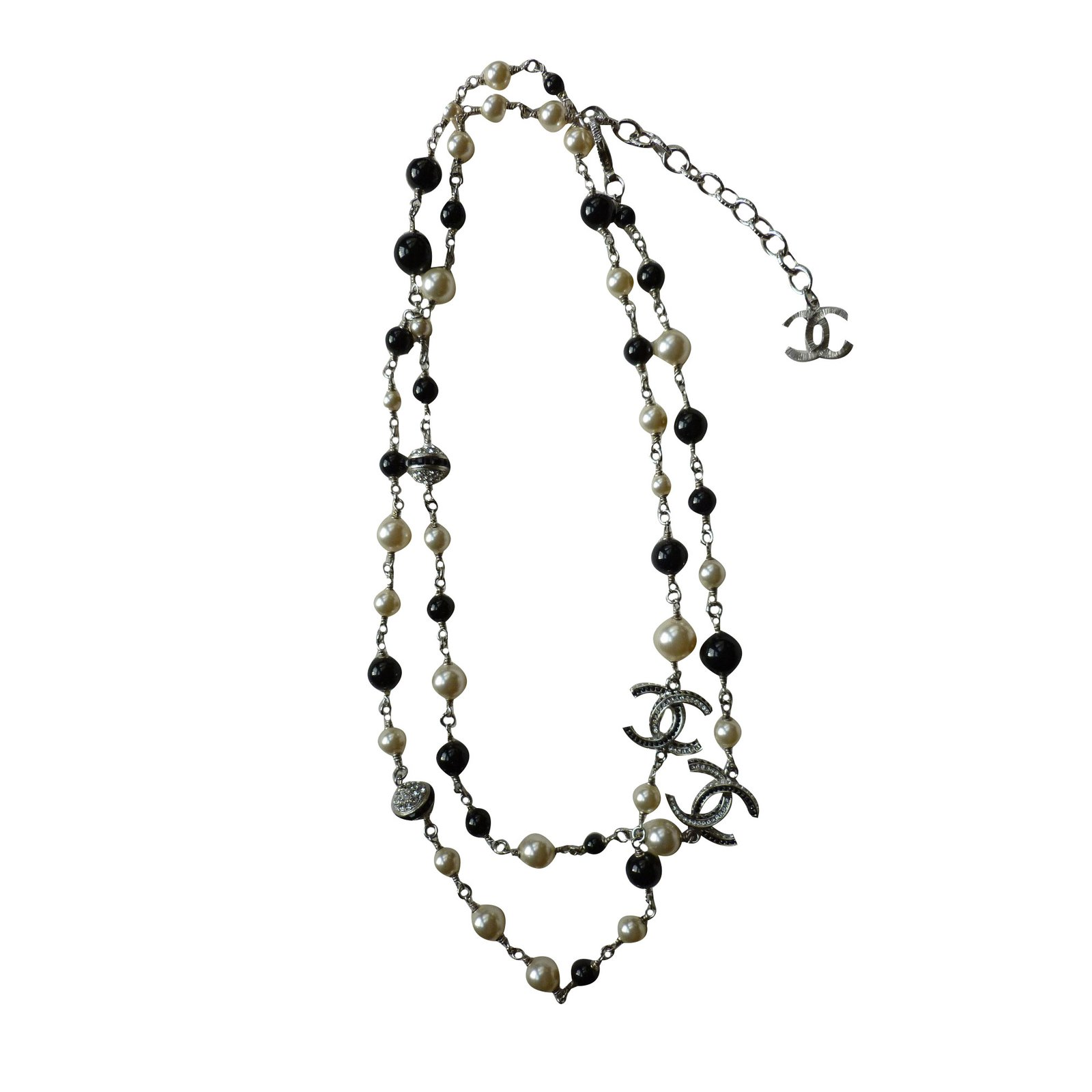 6fbb91f093 Long necklaces