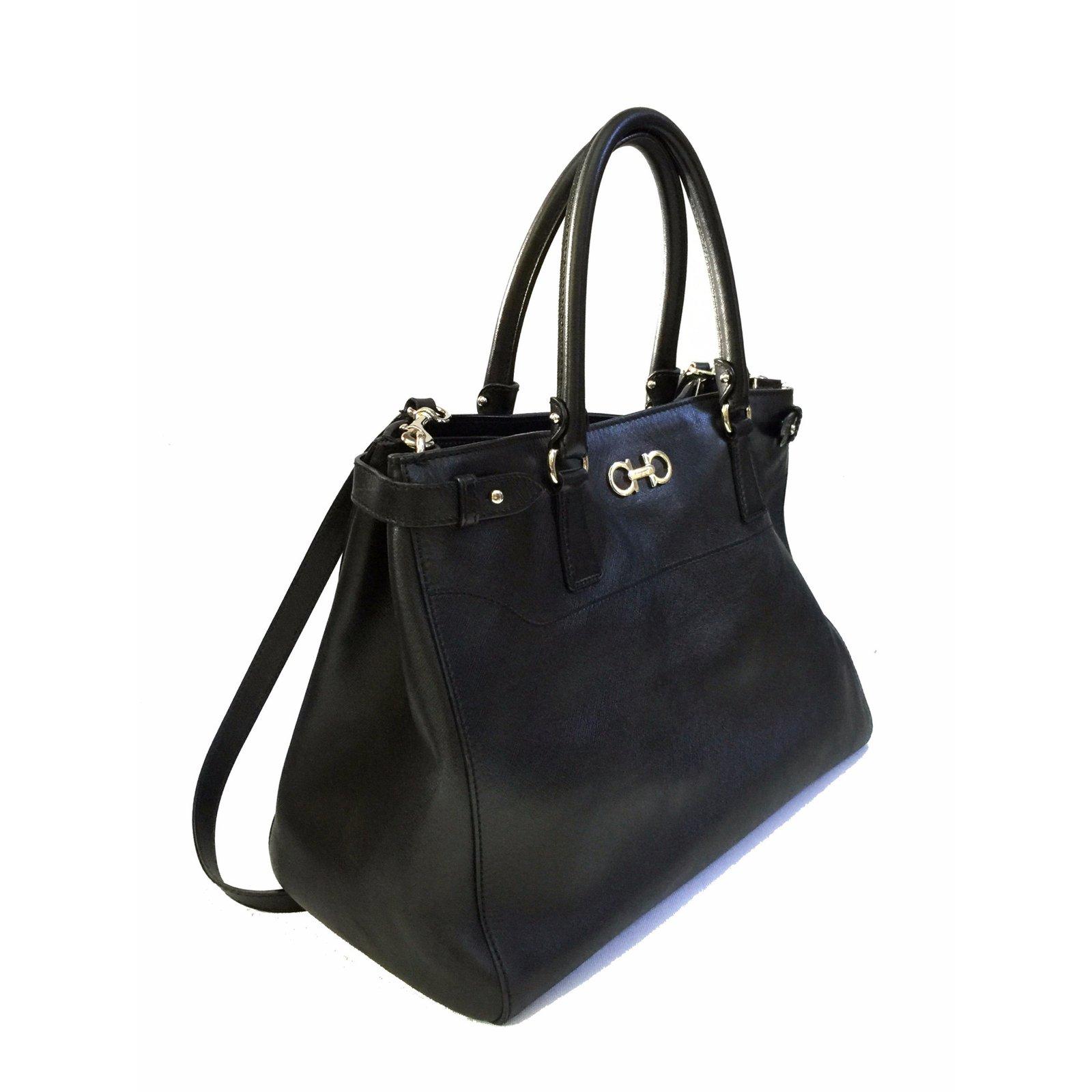 Salvatore Ferragamo Batik Saffiano Tote (Large) Handbags Leather Black  ref.57152 6af79eb204e75