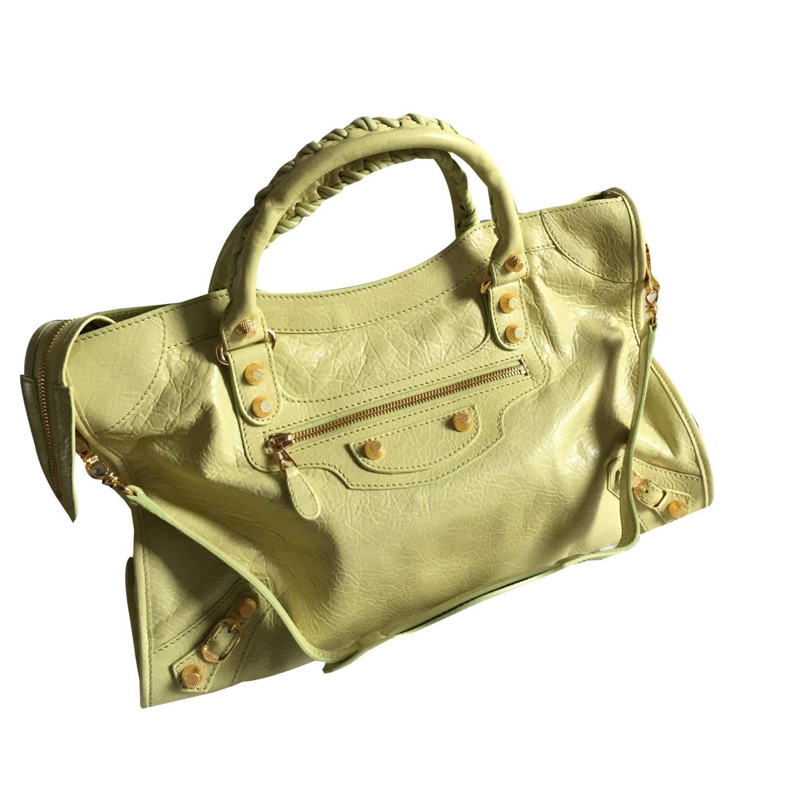 4751eff56252 Balenciaga City gold Handbags Leather Yellow ref.57199 - Joli Closet