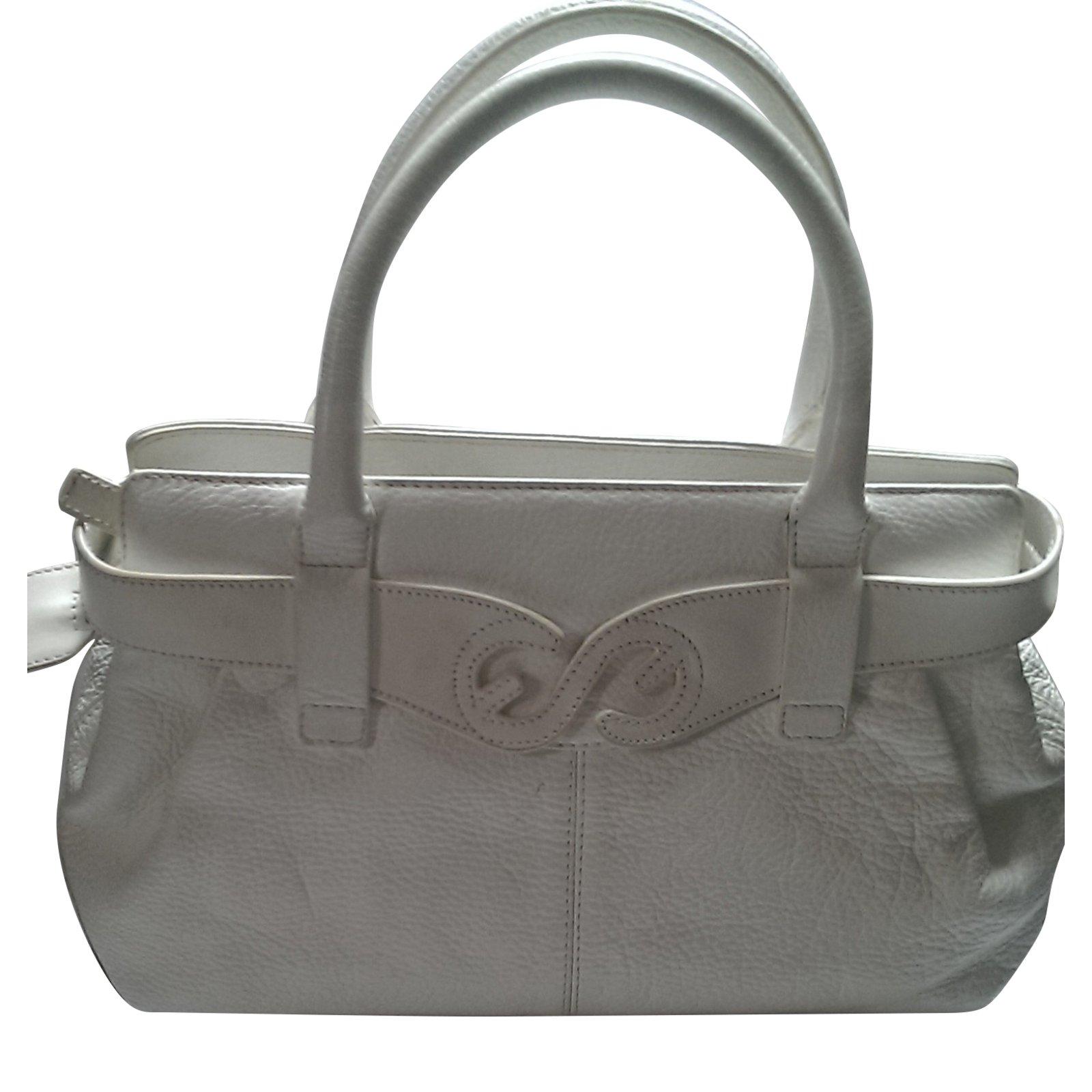 Escada handbags leather white ref joli closet jpg 1600x1600 Escada bag 6b08e7171903e