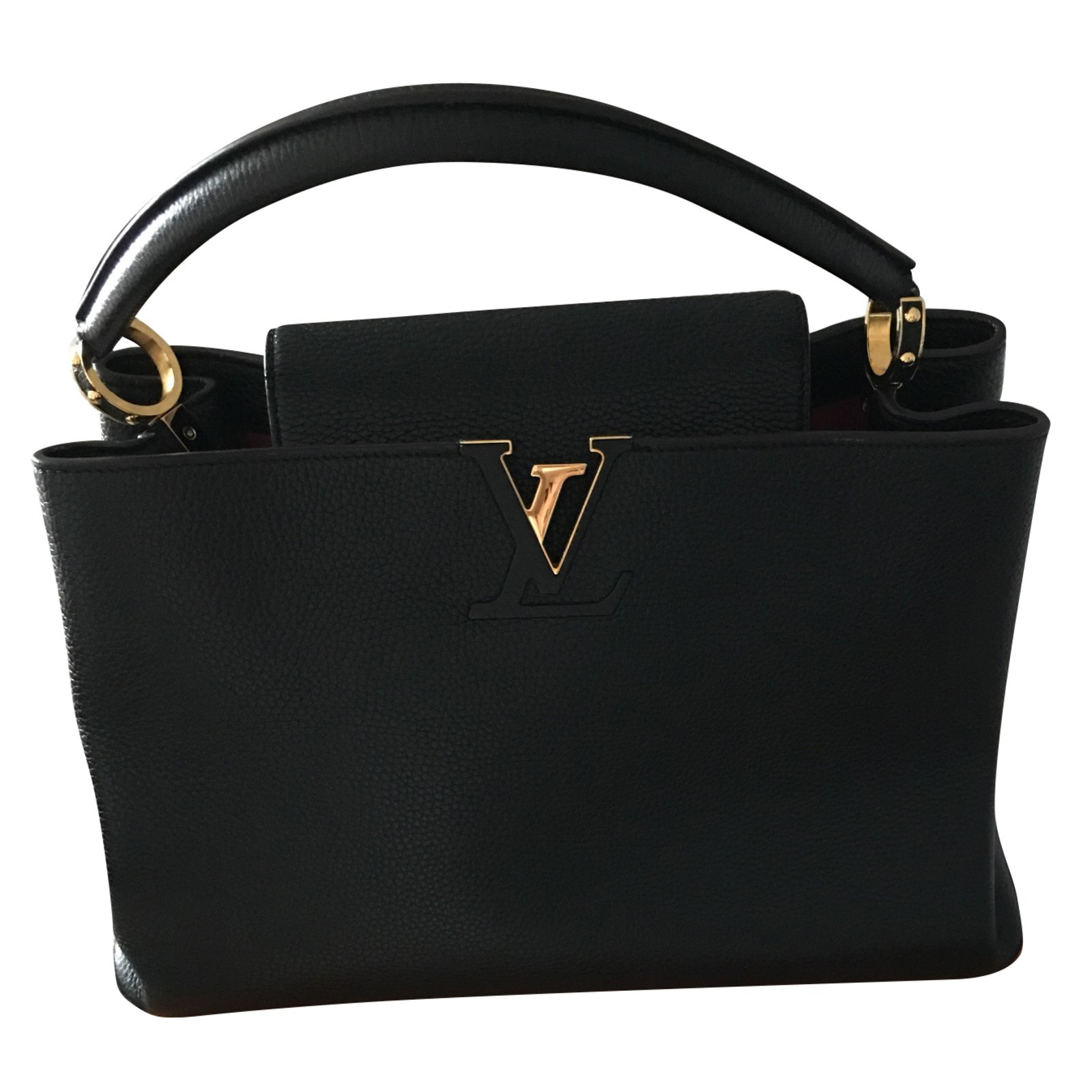 9f54a9d11223c7 Louis Vuitton Capucine Handbags Leather Black ref.60626 - Joli Closet
