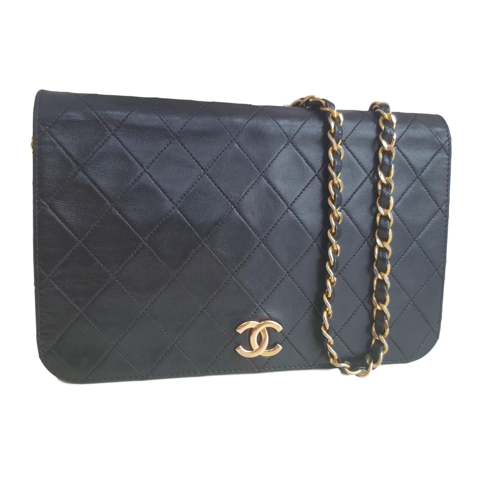 sacs main chanel sacs main cuir bleu marine joli closet. Black Bedroom Furniture Sets. Home Design Ideas