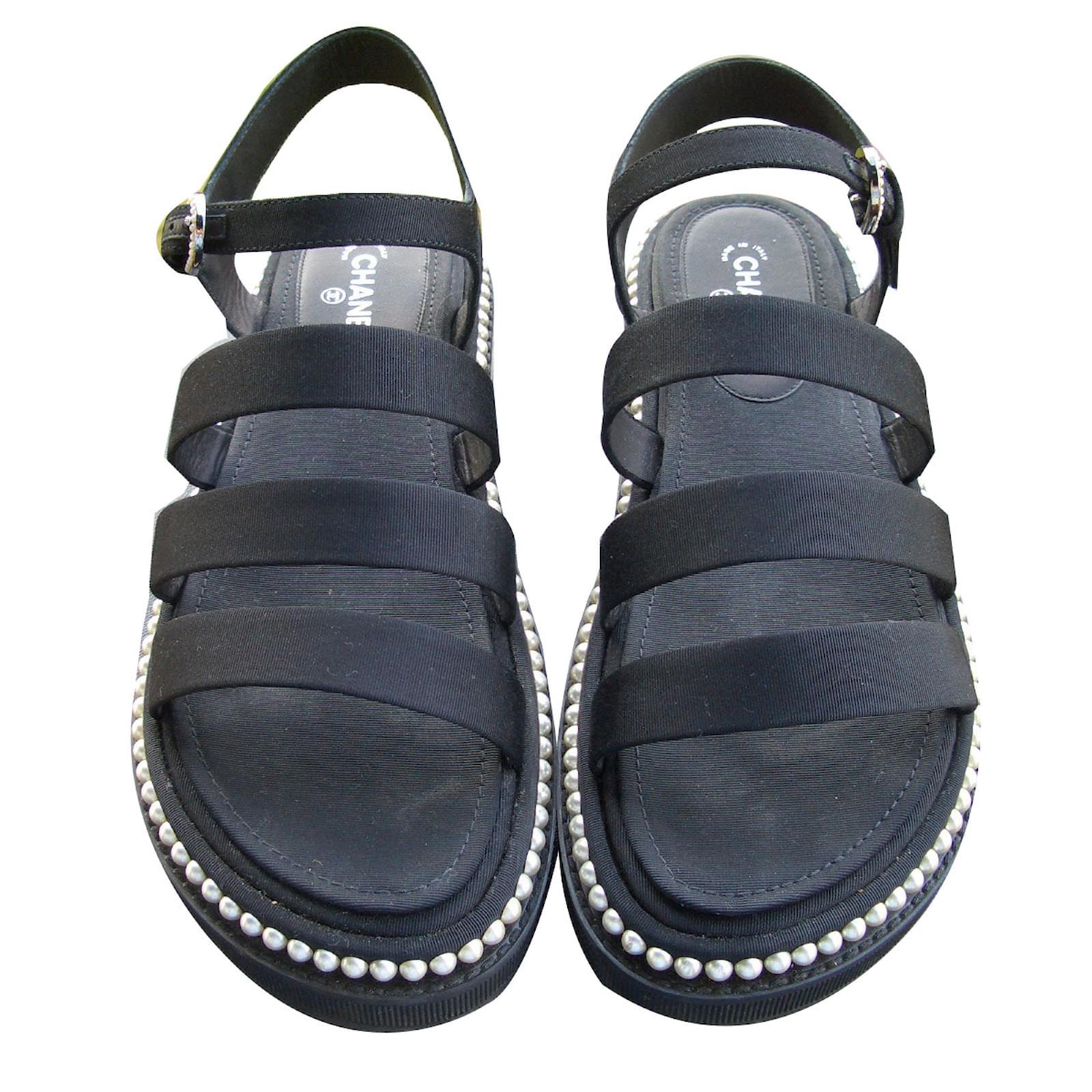 9e3428c4c74 Chanel Sandals Sandals Leather Black ref.61194 - Joli Closet