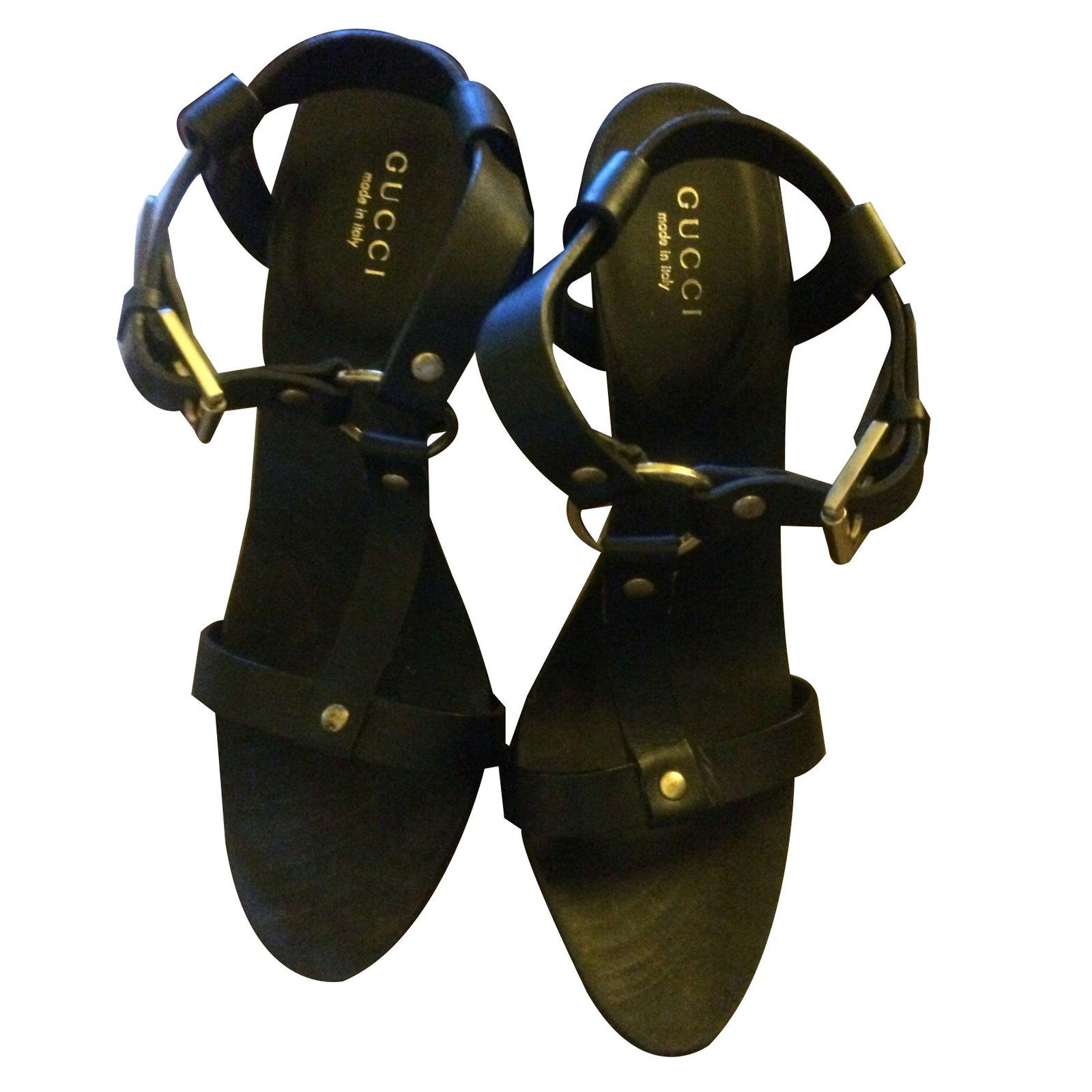 6d5183554c3 Gucci Sandals Sandals Leather Black ref.61767 - Joli Closet