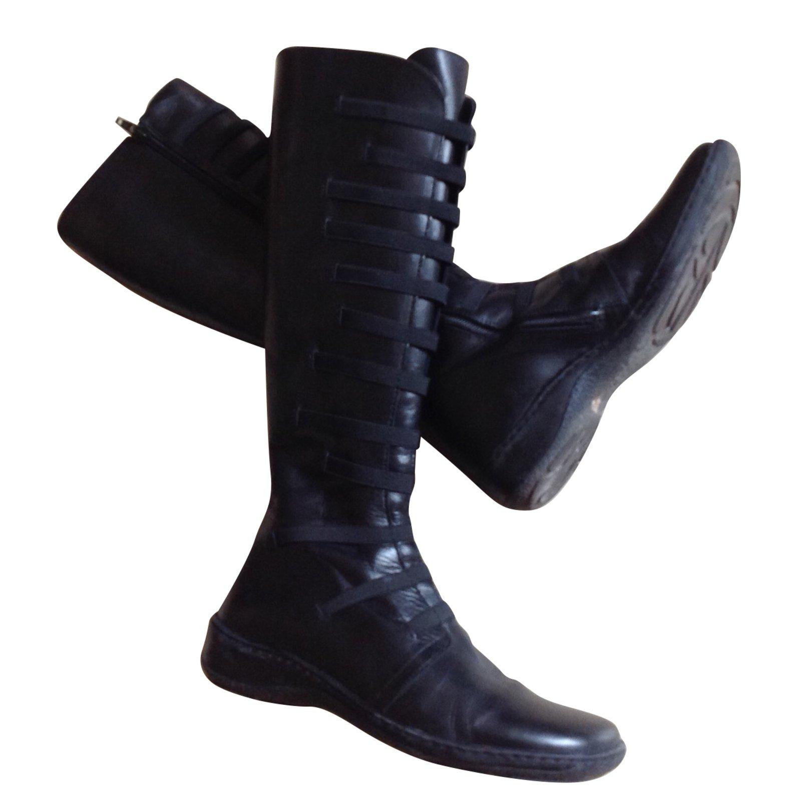 bottes noires cuir minelli