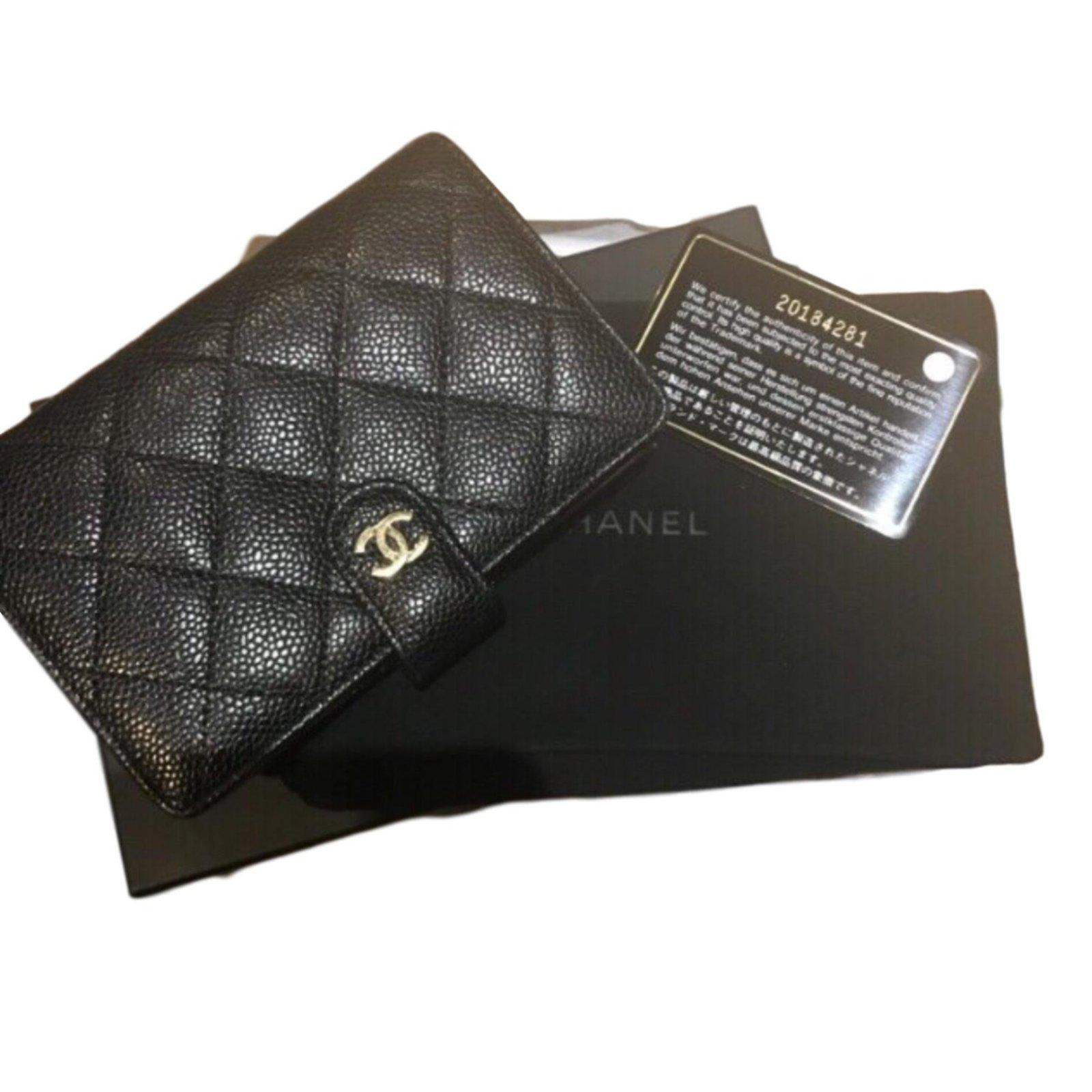 adf327e997a7 Portefeuilles Chanel Classique Caviar cc Cuir Noir ref.63691 - Joli ...