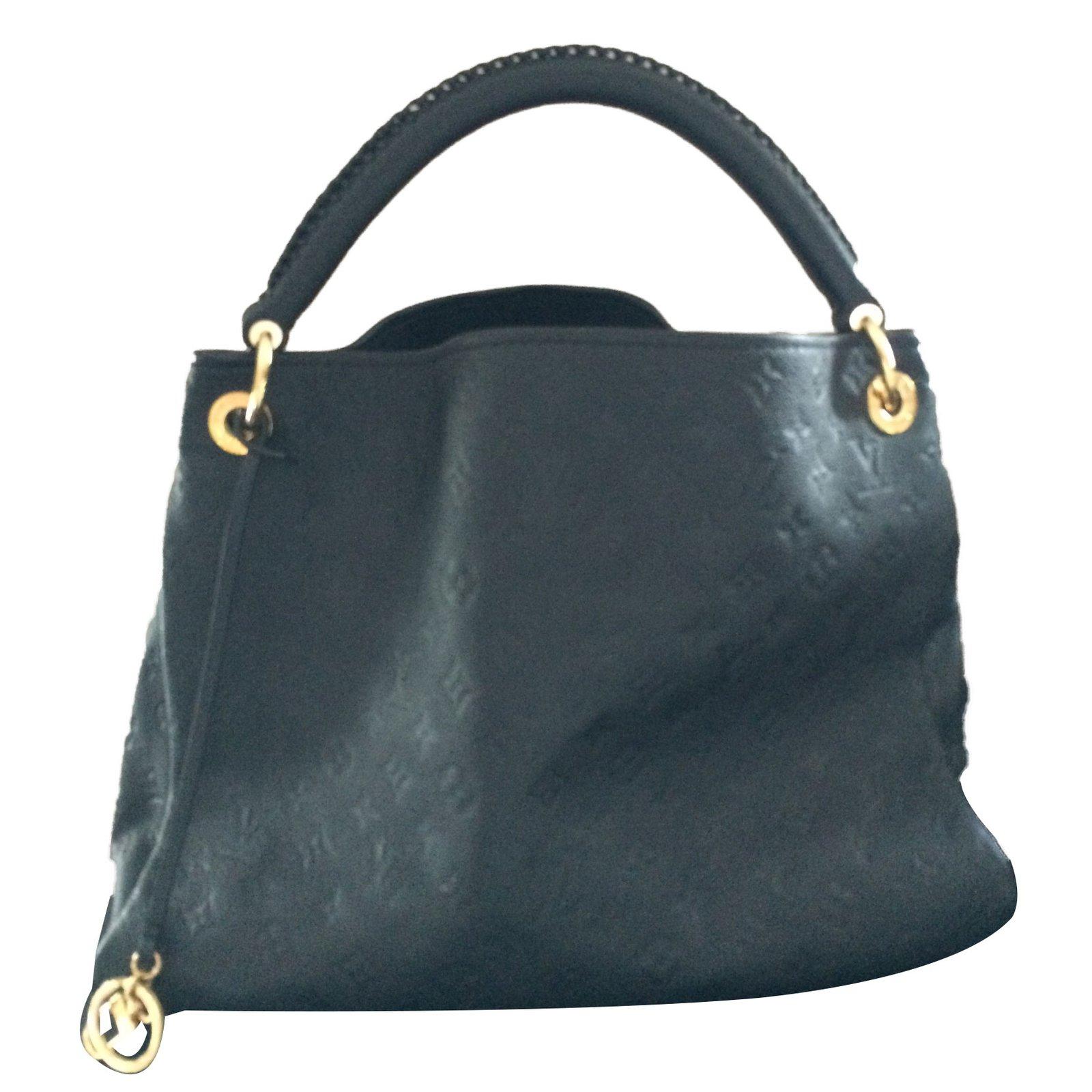 e3b71b97611 Louis Vuitton ARTSY MM Handbags Leather Black ref.65116 - Joli Closet