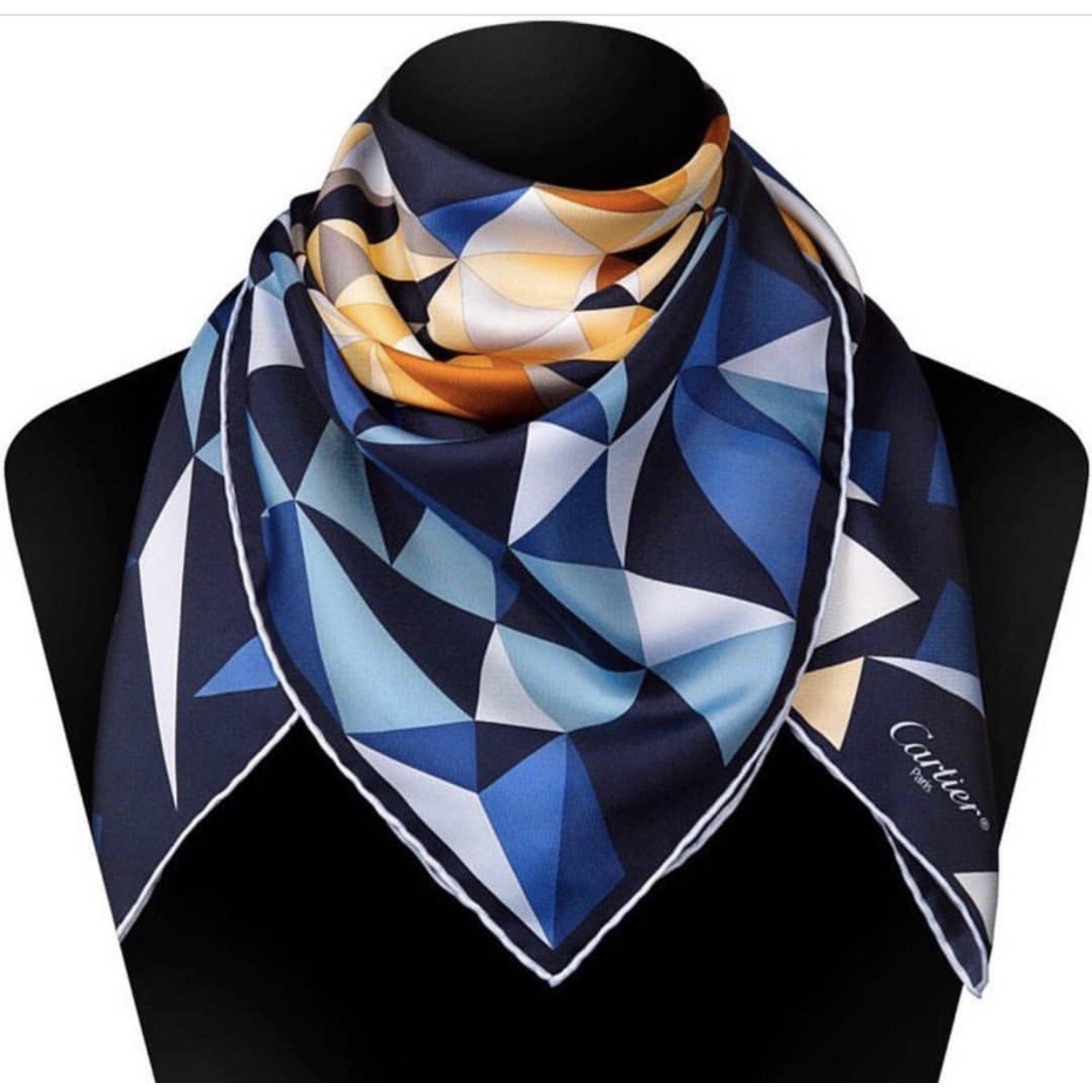 Foulards Cartier FOULARD SOIE Soie Multicolore ref.65408 - Joli Closet 51a24cafec2