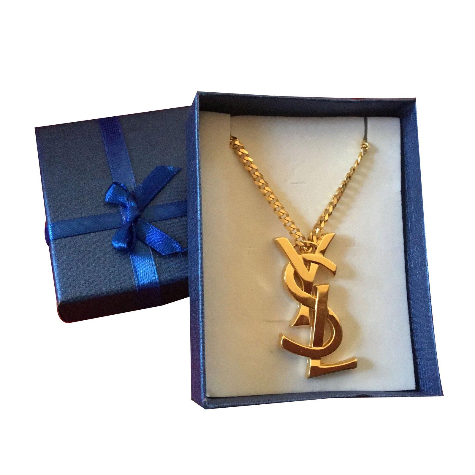 02714730031 Yves Saint Laurent Pendant necklaces Pendant necklaces Metal Golden  ref.66809