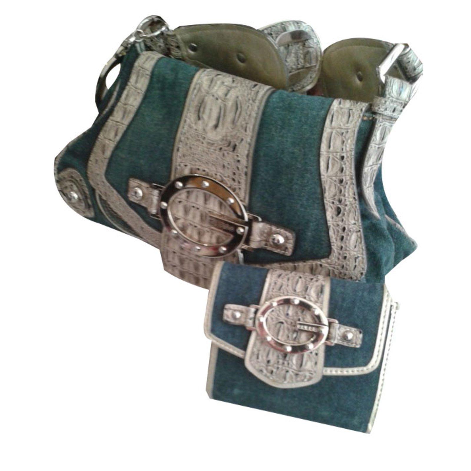 0c95b469ec10 Guess Handbags Handbags Cloth Blue ref.67484 - Joli Closet