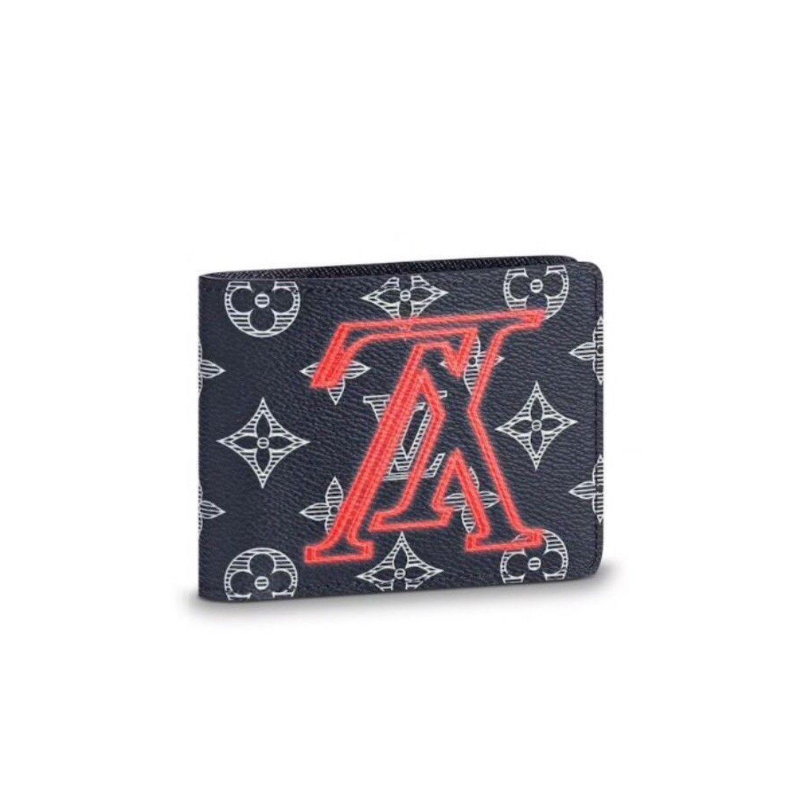 fb4ee0dec81f Louis Vuitton Louis Vuitton mens wallet Wallets Small accessories Leather  Grey ref.68347