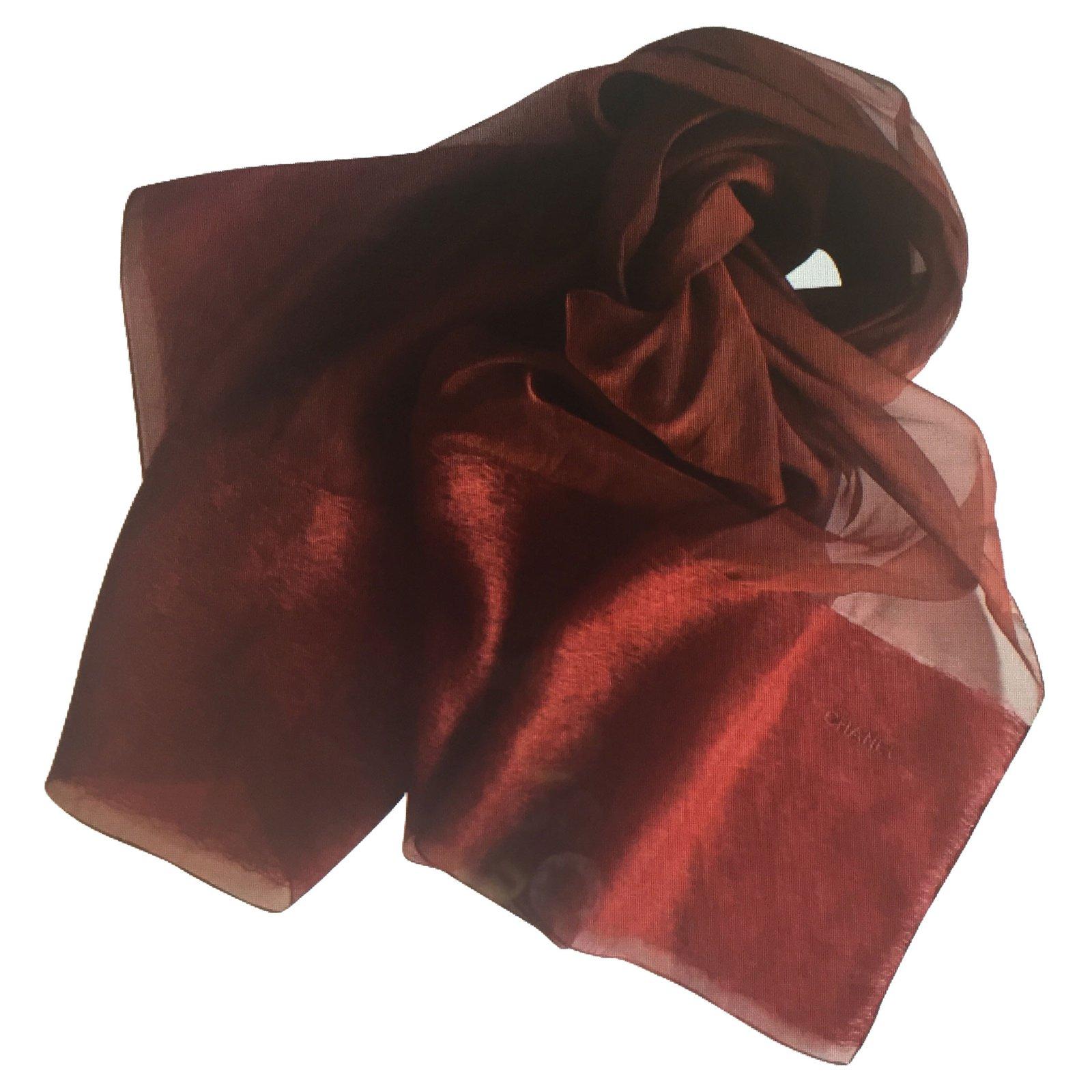 Foulards Chanel Foulard Soie Bordeaux ref.69587 - Joli Closet 8f5d622b27f