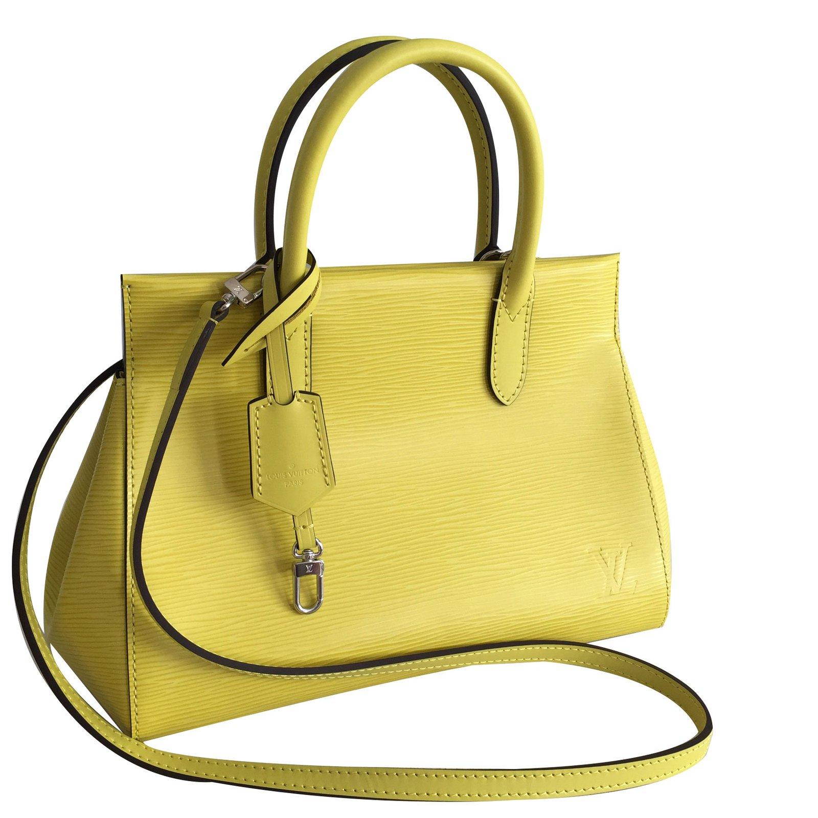 21fe65e3046f Louis Vuitton Marly BB Handbags Leather Yellow ref.70833 - Joli Closet
