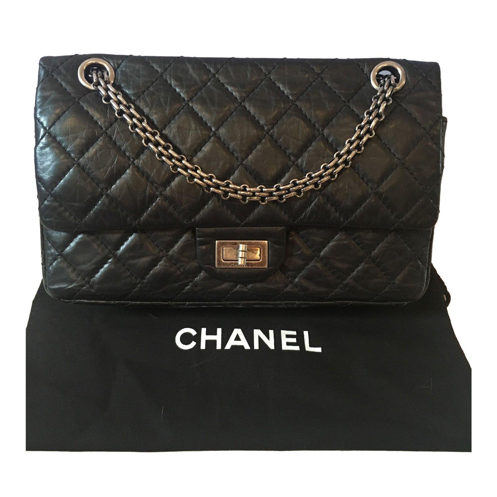 9f34f6086739 Chanel 2.55 Handbags Leather Black ref.71073 - Joli Closet
