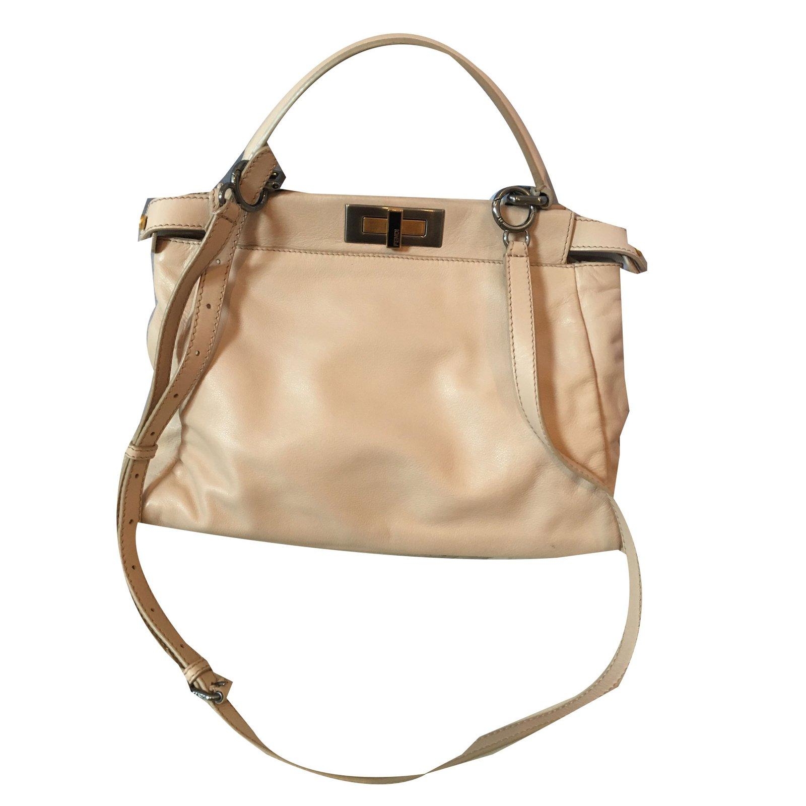 Fendi Peekaboo Handbags Leather Beige ref.72065 - Joli Closet c496b3568bb61