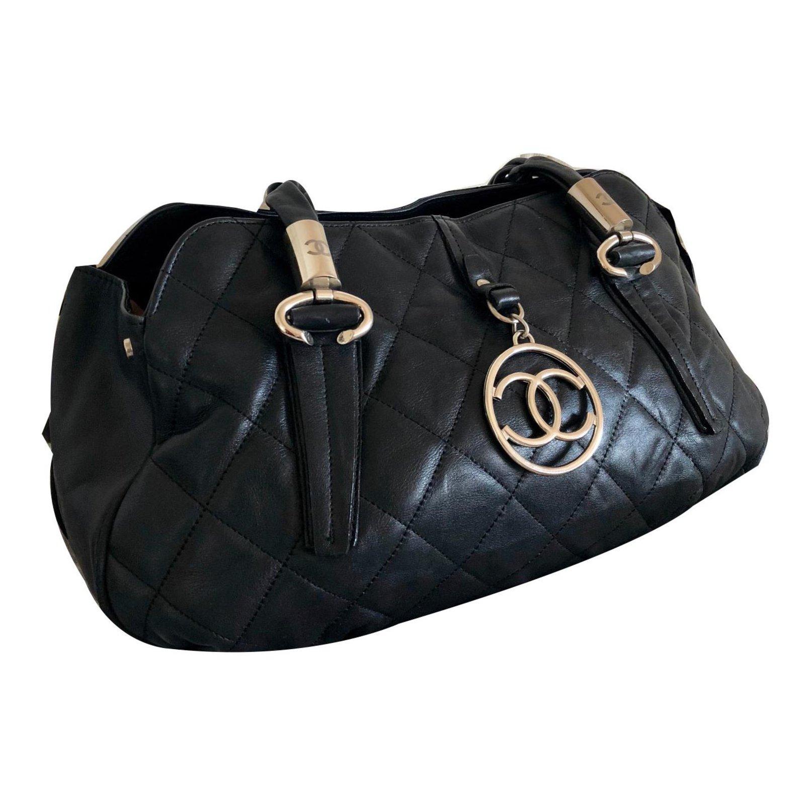 50dbce923e Sacs à main Chanel Sac à main Cuir Noir ref.72522 - Joli Closet