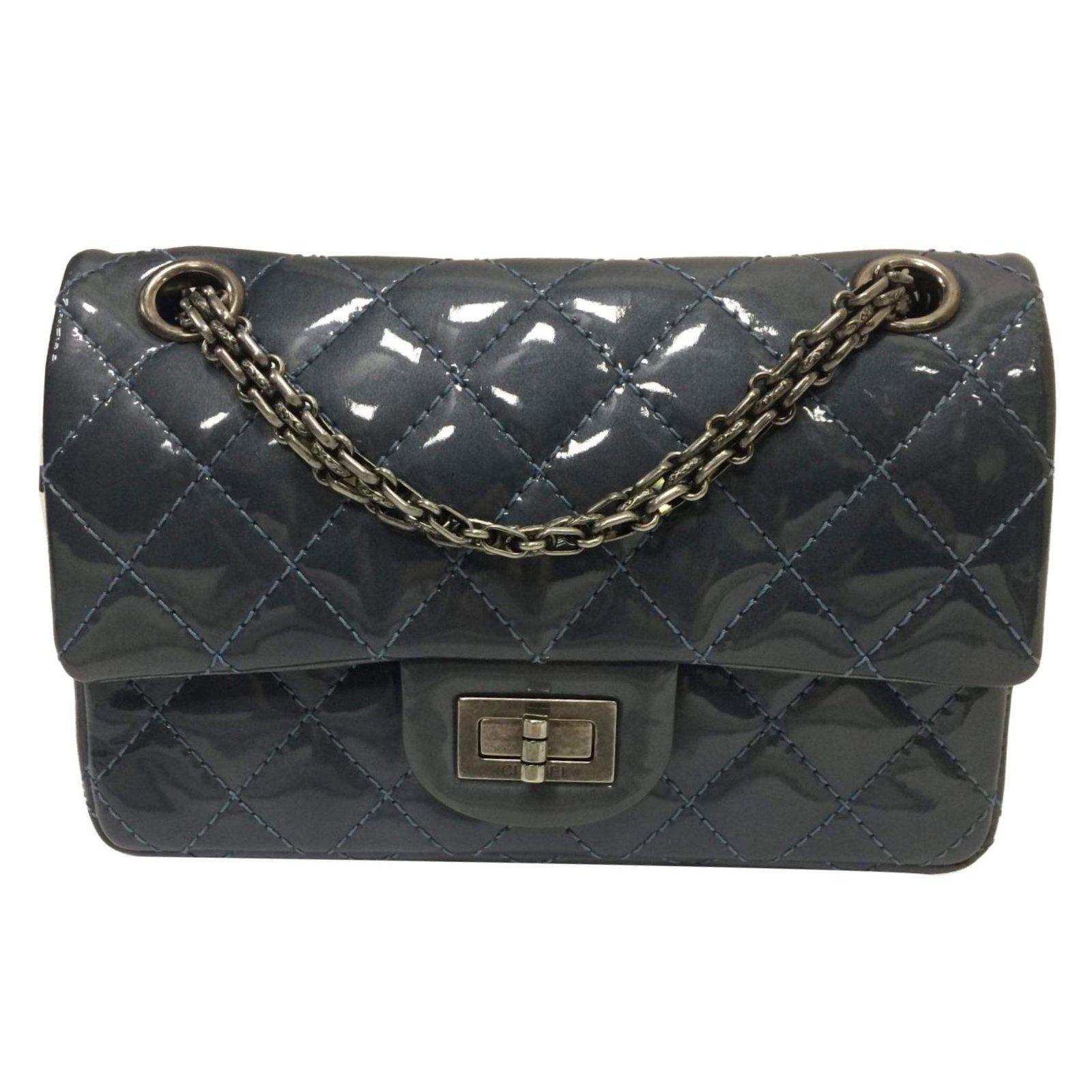 65f3e0958716ef Chanel 2.55 Handbags Patent leather Grey ref.72810 - Joli Closet