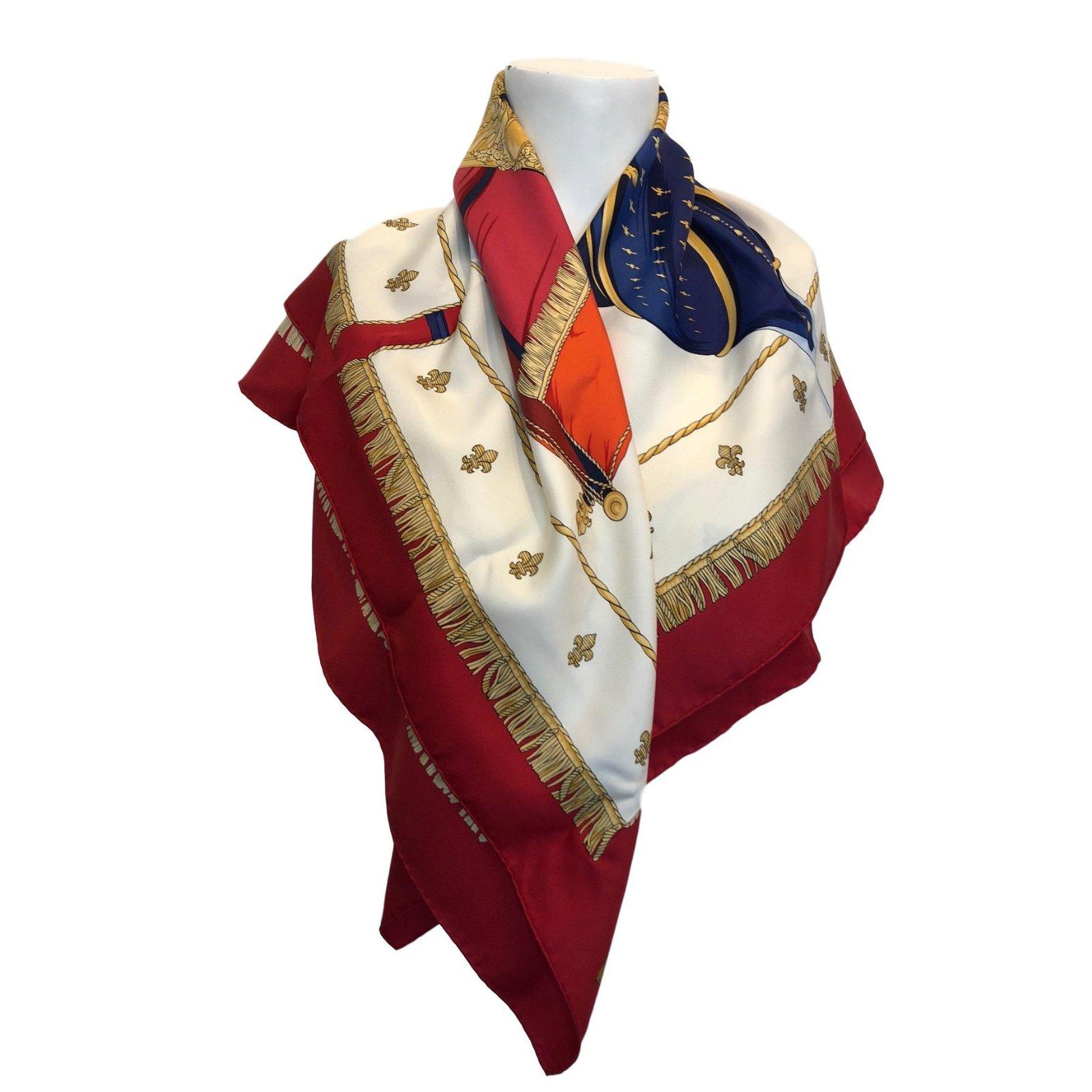 8ca7c434975a Foulards Hermès Vue du Carrosse de la Galère La Réale Soie Multicolore  ref.73142