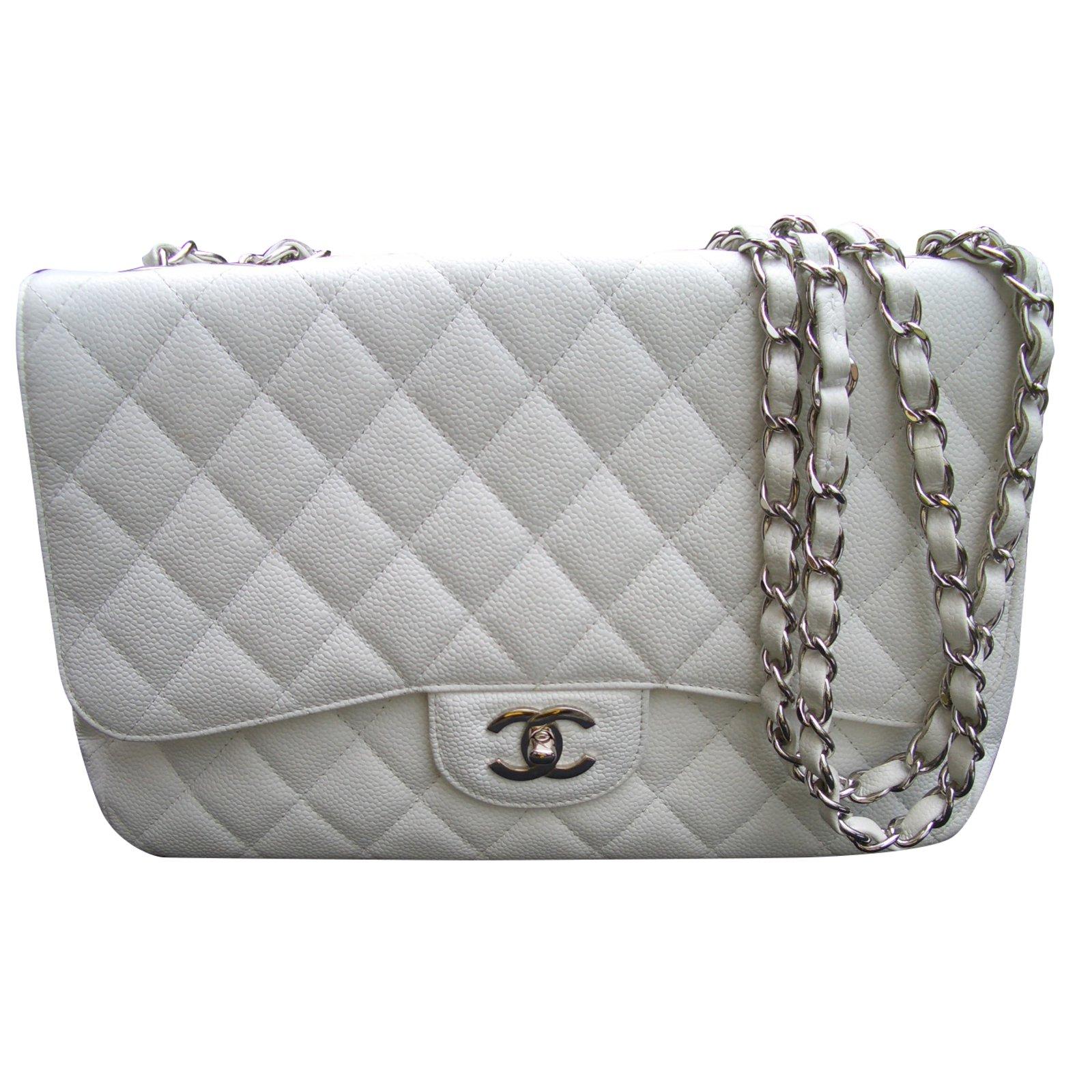 7b0027ceaf96 Chanel Handbags Handbags Leather White ref.73319 - Joli Closet