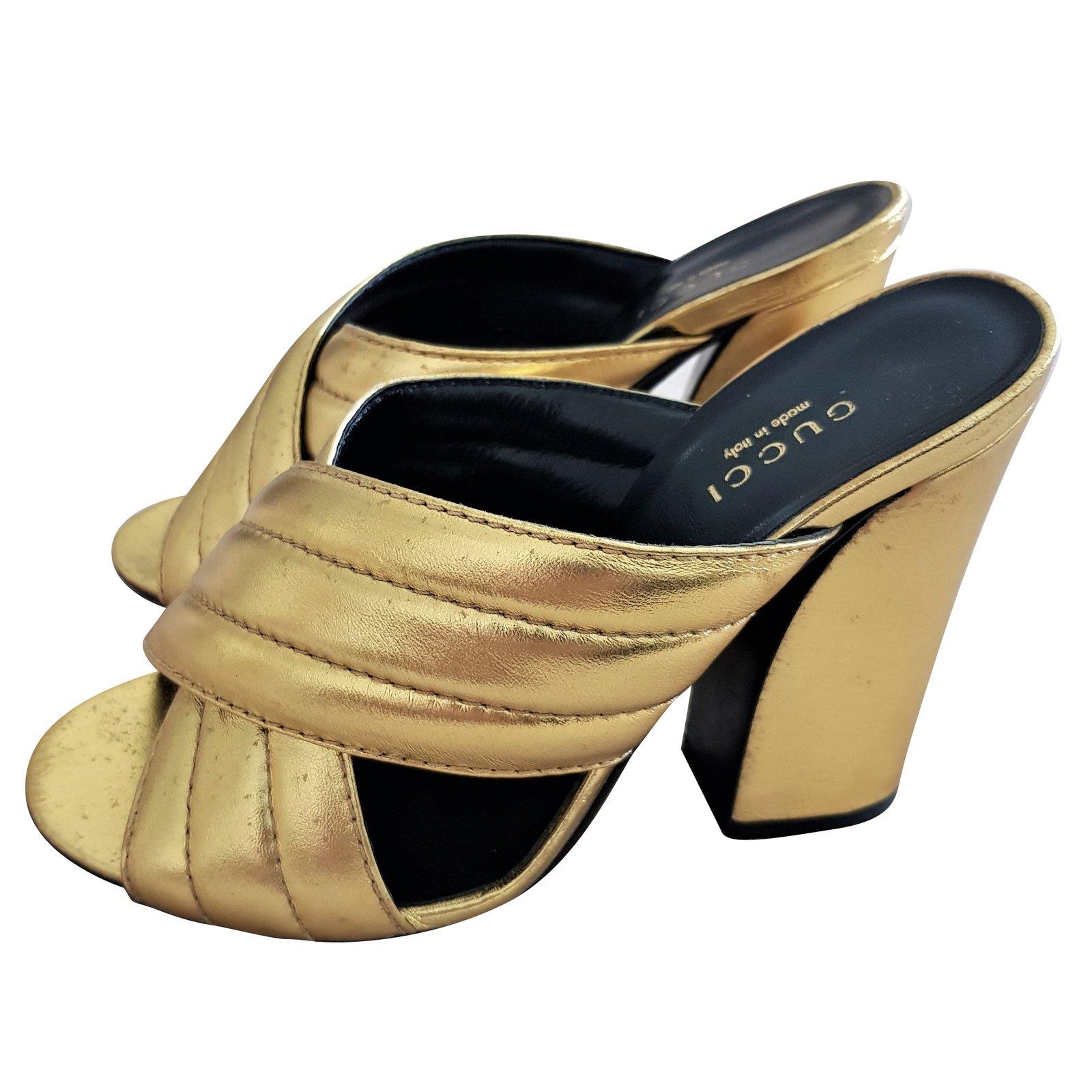 28f046c29e7f Gucci Mules Sandals Heels Leather Golden ref.74756 - Joli Closet