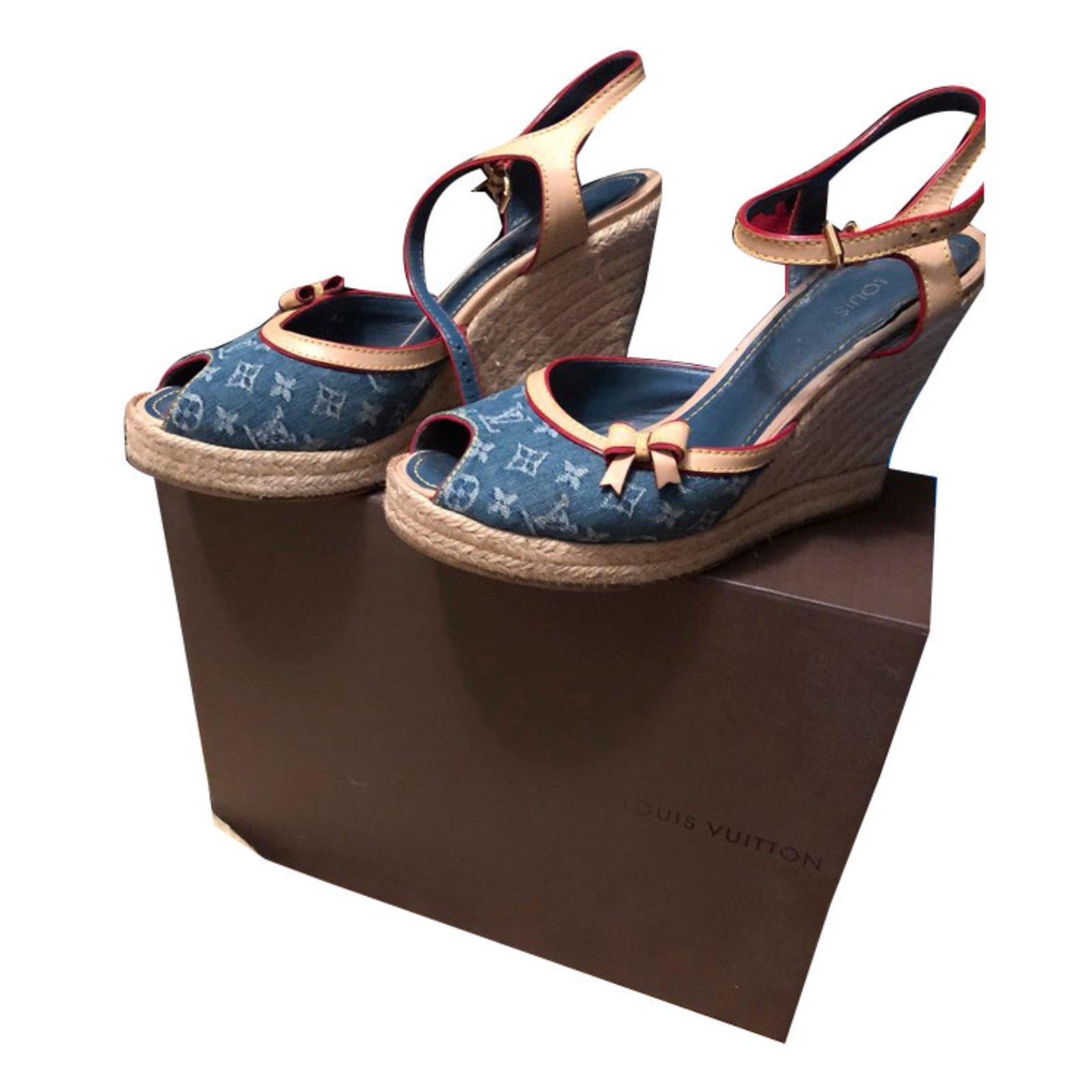 55528369318f Louis Vuitton sandals Sandals Denim Multiple colors ref.74964 - Joli ...