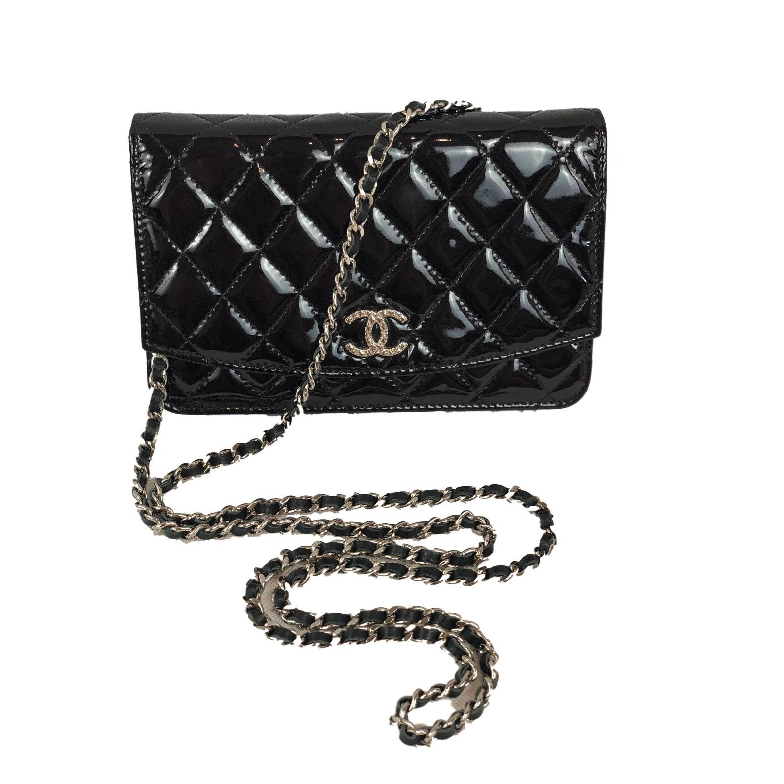 1703be12e9a5 Chanel WOC Handbags Patent leather Black ref.75417 - Joli Closet