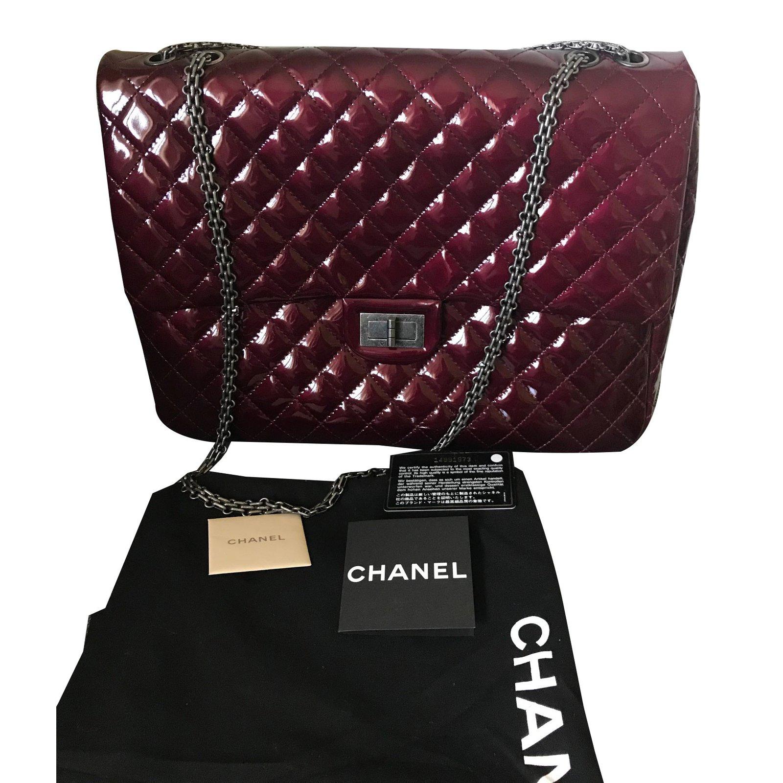 f3a4ac08e00cb2 Chanel 2.55 Handbags Patent leather Dark red ref.76020 - Joli Closet