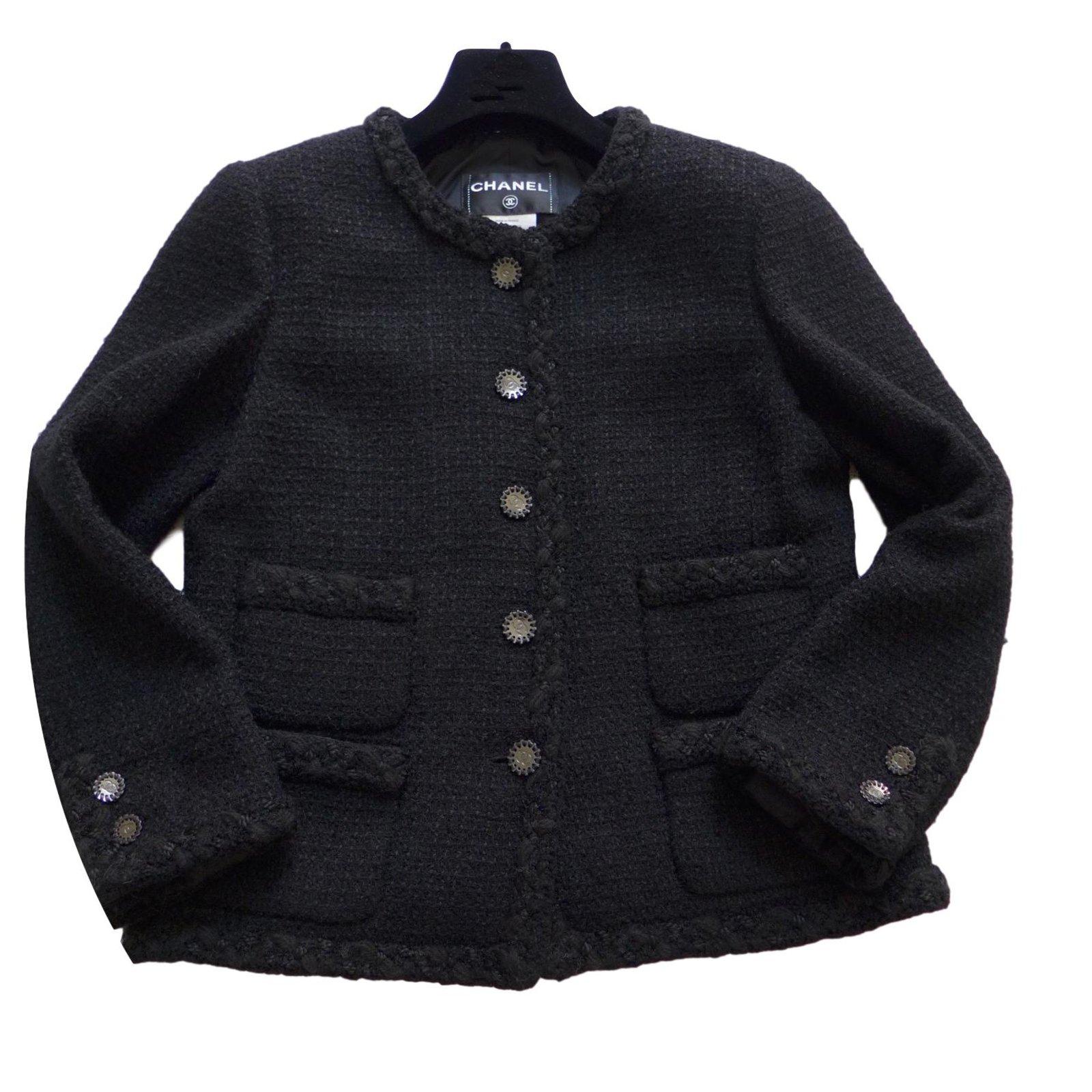 Le petite veste noire