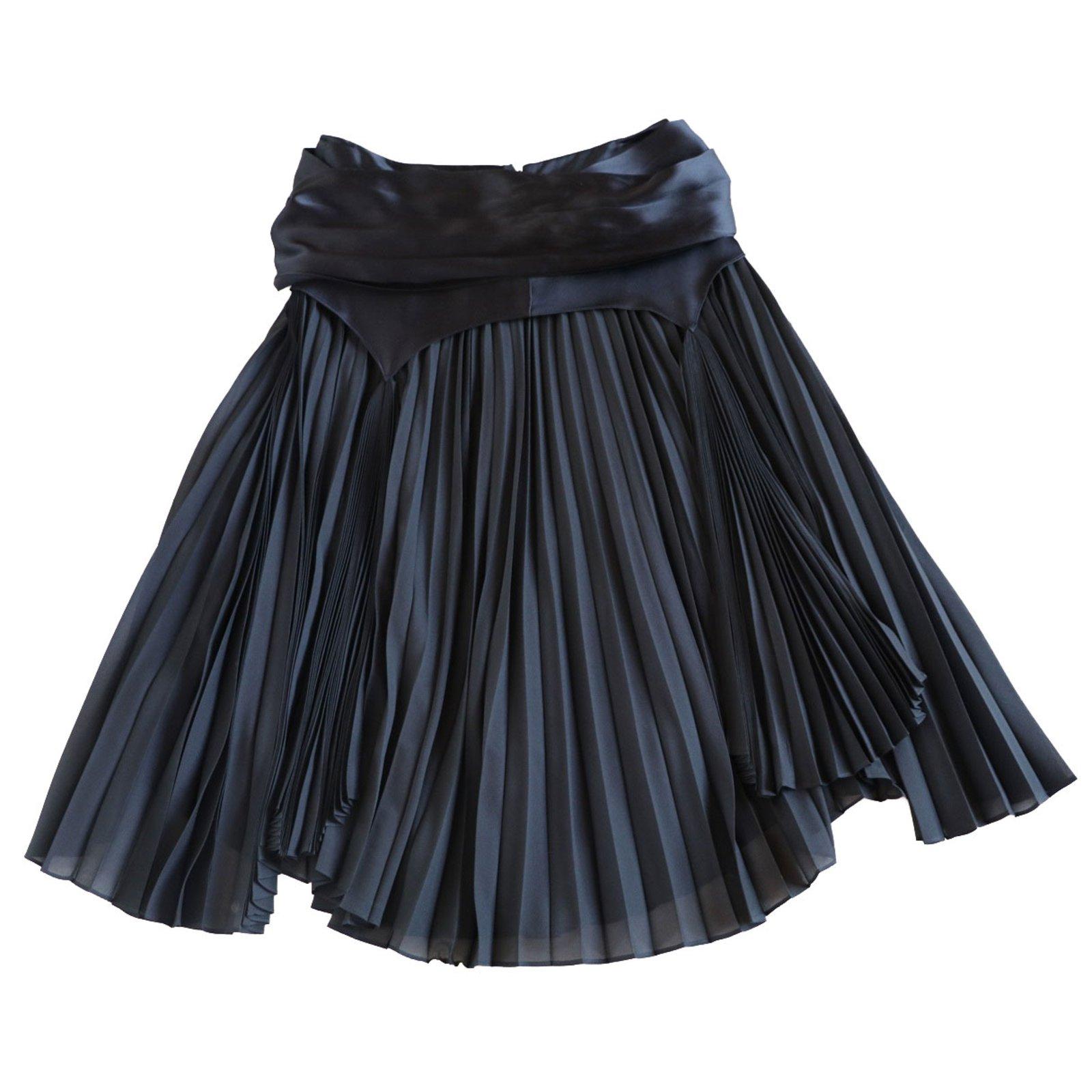 5aeda568309c Yves Saint Laurent Skirts Skirts Silk Black ref.76760 - Joli Closet