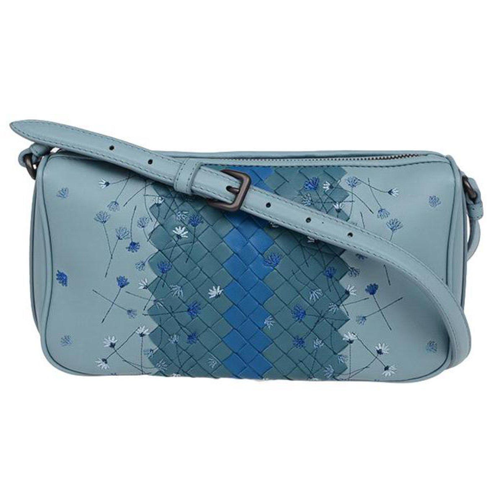bd5e4473cf73 Bottega Veneta Shoulder bag Handbags Leather Blue ref.77710 - Joli ...