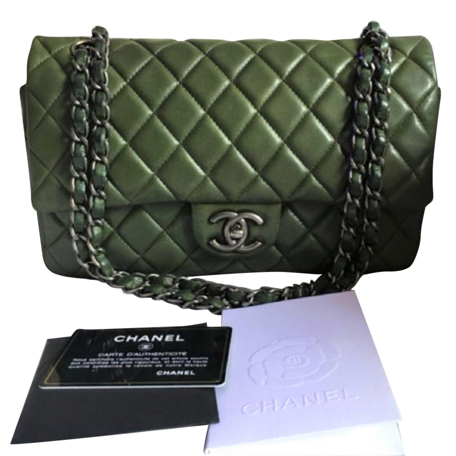957016c85f7b Chanel Chanel Classic Medium flap bag. Handbags Lambskin Green ref.79757