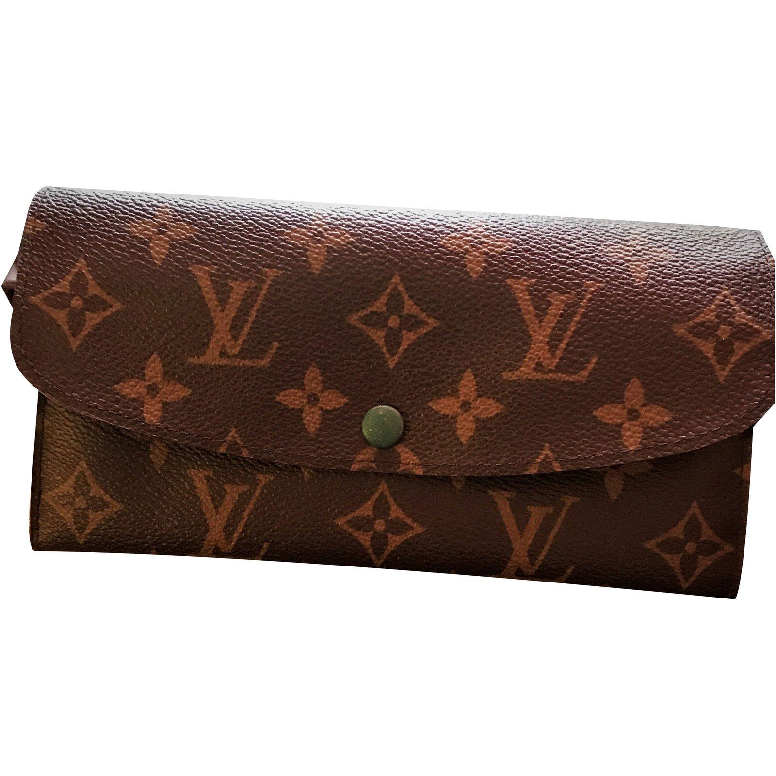 ee18c5a4bdb5 Louis Vuitton
