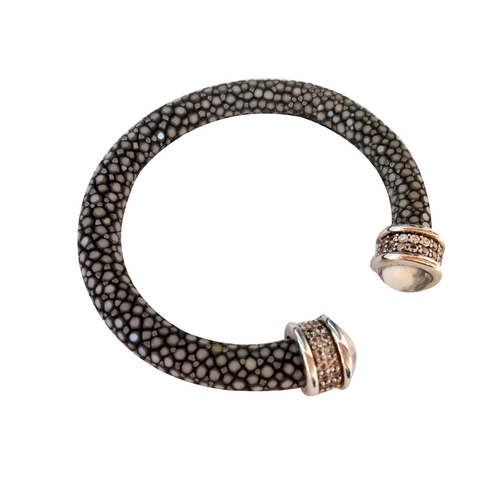 Grey Green Stingray Bracelet Bracelets