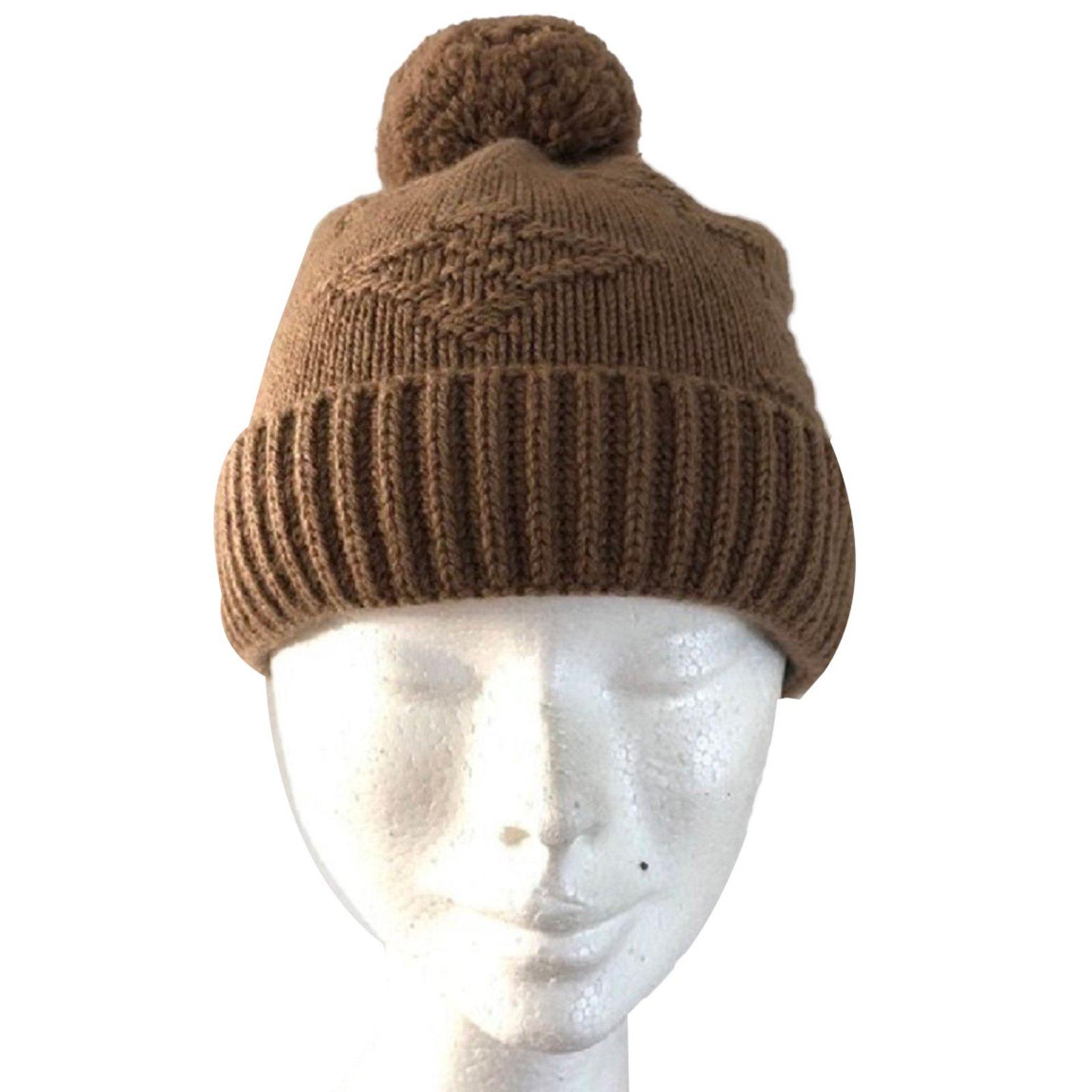 Louis Vuitton cap Hats Cashmere Light brown ref.86159 - Joli Closet 4aebbd8caef