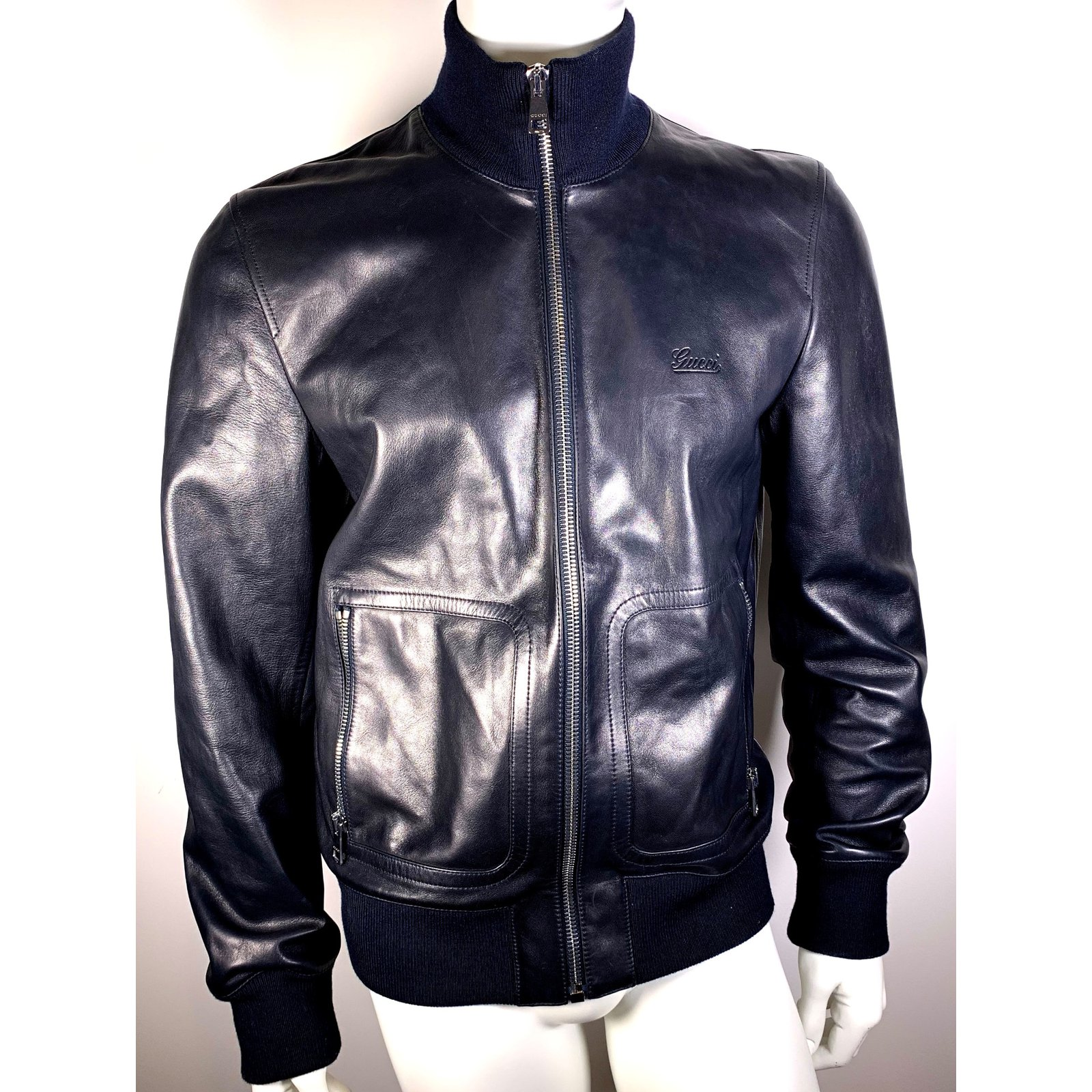 3f3b187ba0f1 Vestes, blousons Gucci Vestes Blazers Cuir Noir ref.88760 - Joli Closet