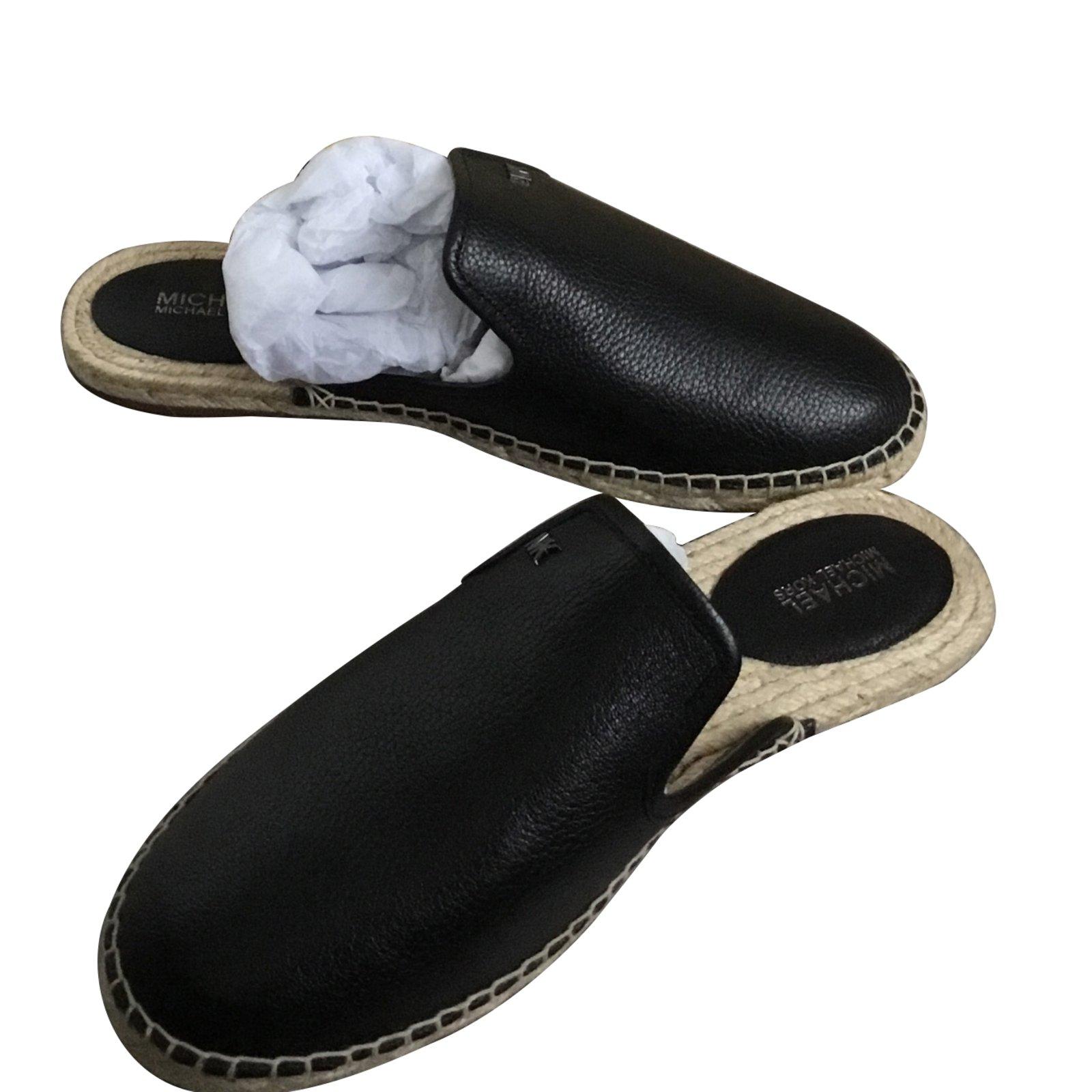 3b276e70a2c9 Michael Kors Mules Mules Leather Black ref.88910 - Joli Closet