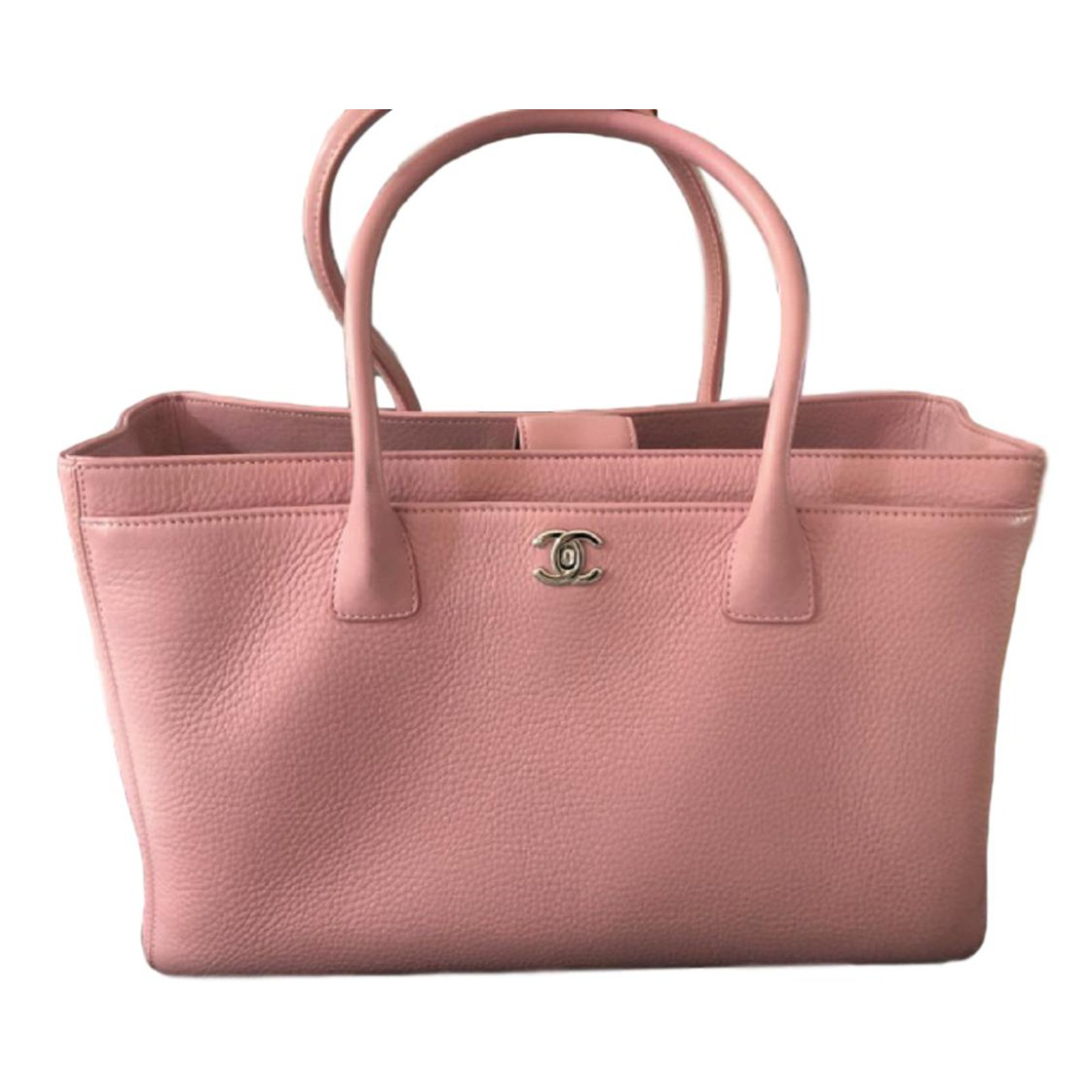 5e39ac4d151abb Chanel Pink Executive Cerf Tote Handbags Leather Pink ref.88976 ...