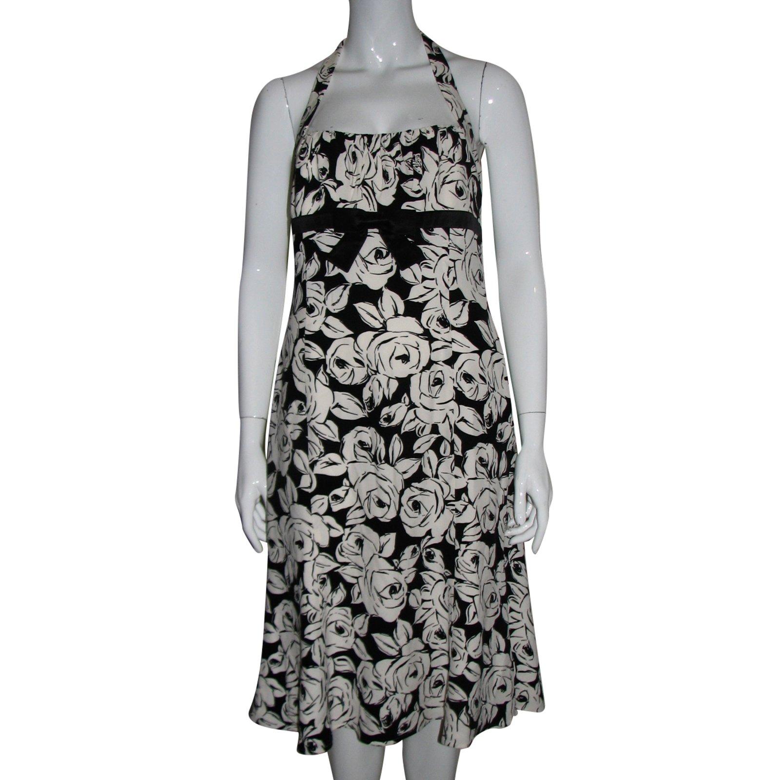 Neckholder silk dress
