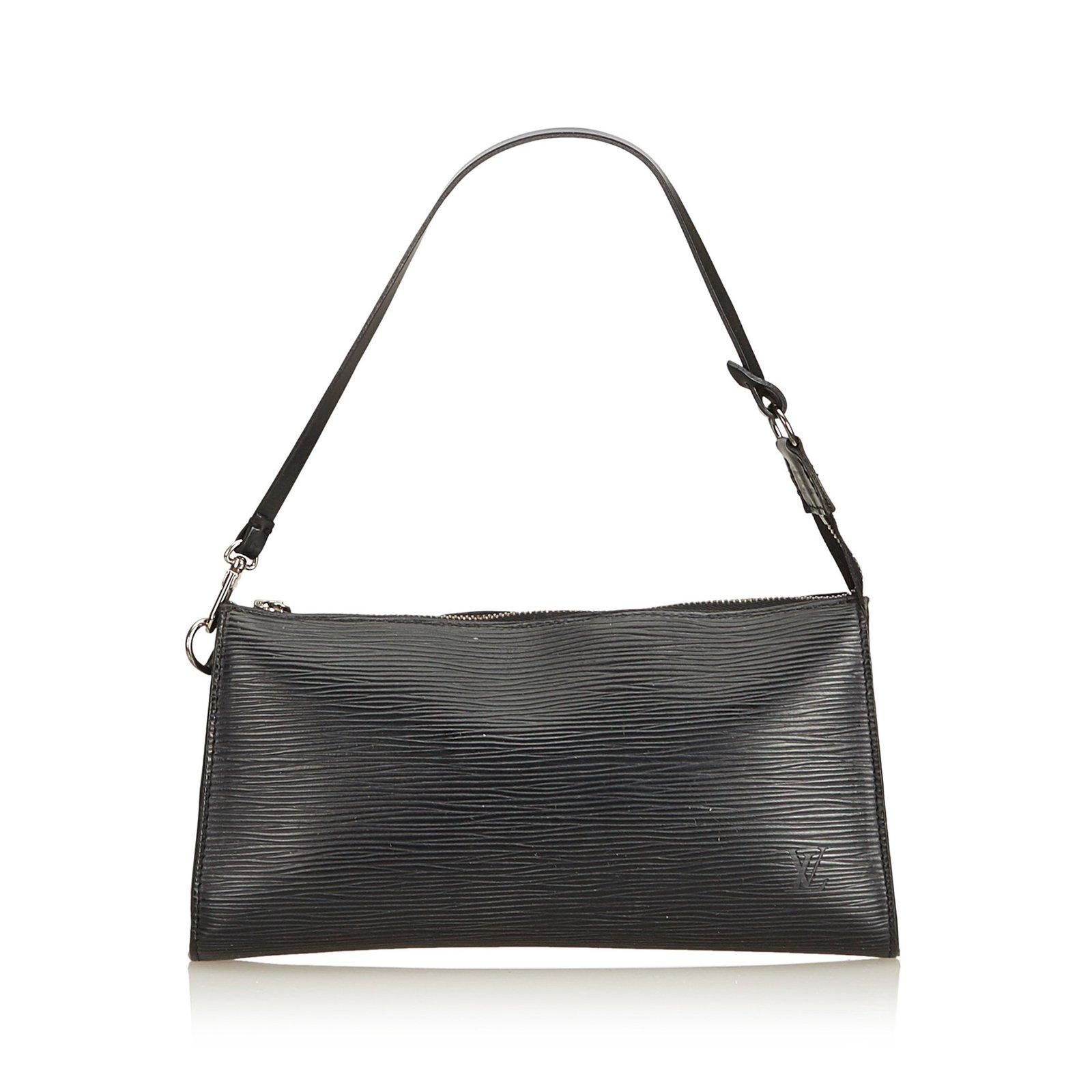 Sacs à main Louis Vuitton Epi Pochette Accessoires Cuir Noir ref.91313 d0268e553fd