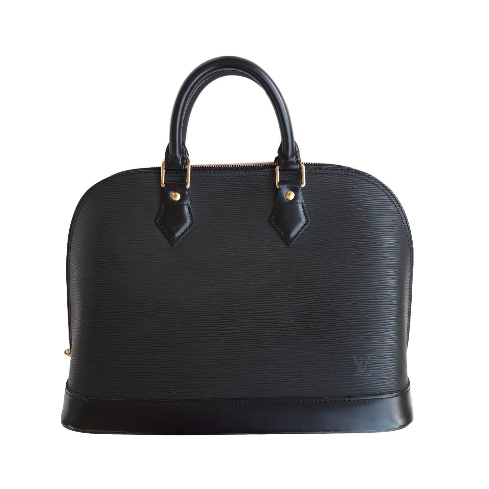 57dcdba7ab9e Louis Vuitton