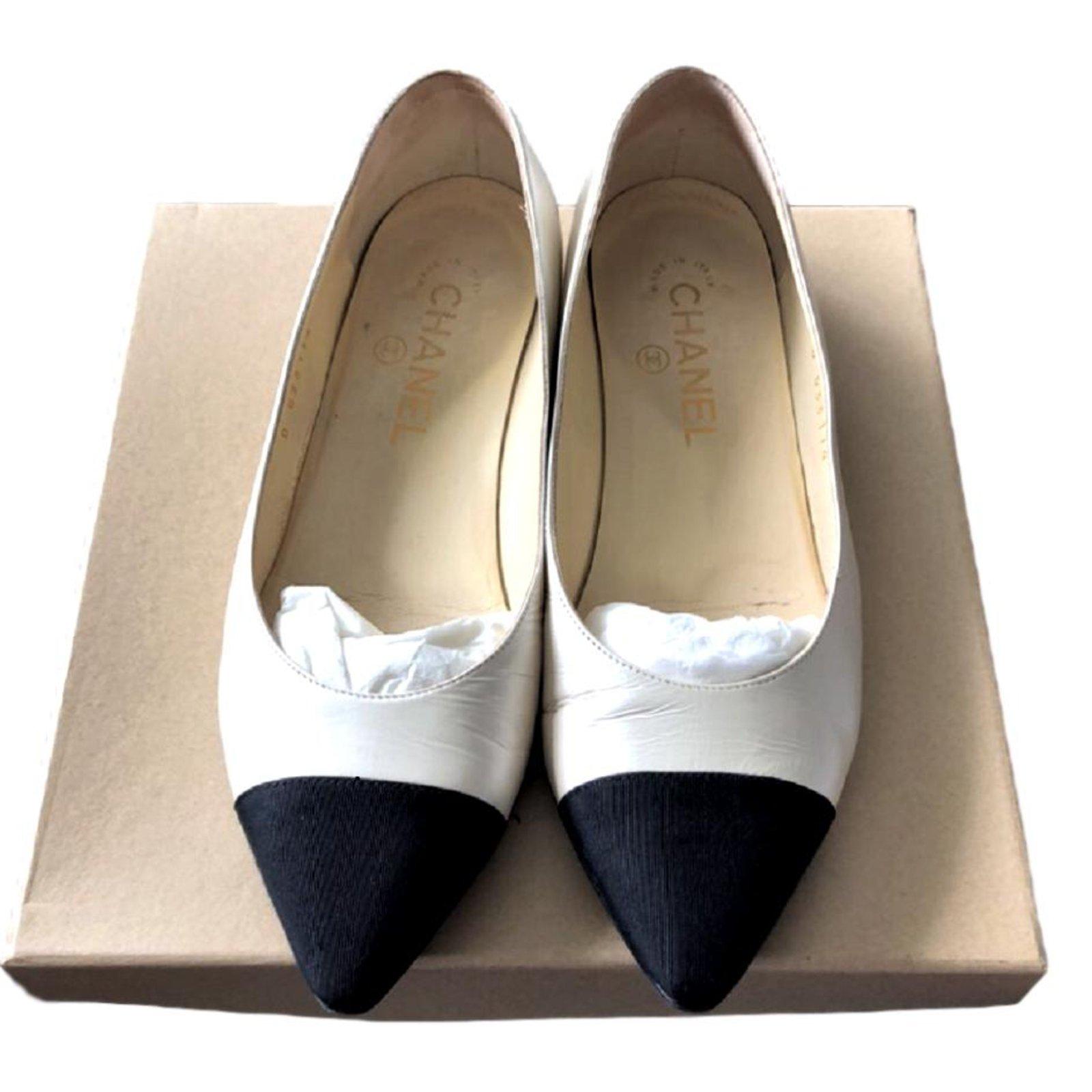 White flats EU 36.5 Flats Leather,Cloth