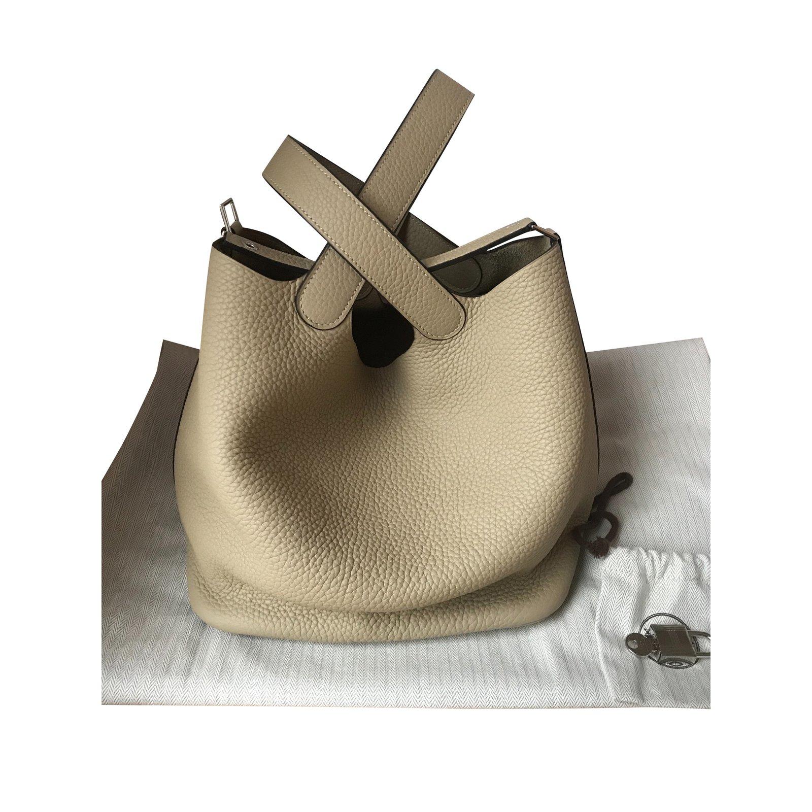 3d0fa0487a Sacs à main Hermès Sac Hermès Picotin Lock 22 couleur Trench Cuir Beige  ref.100021