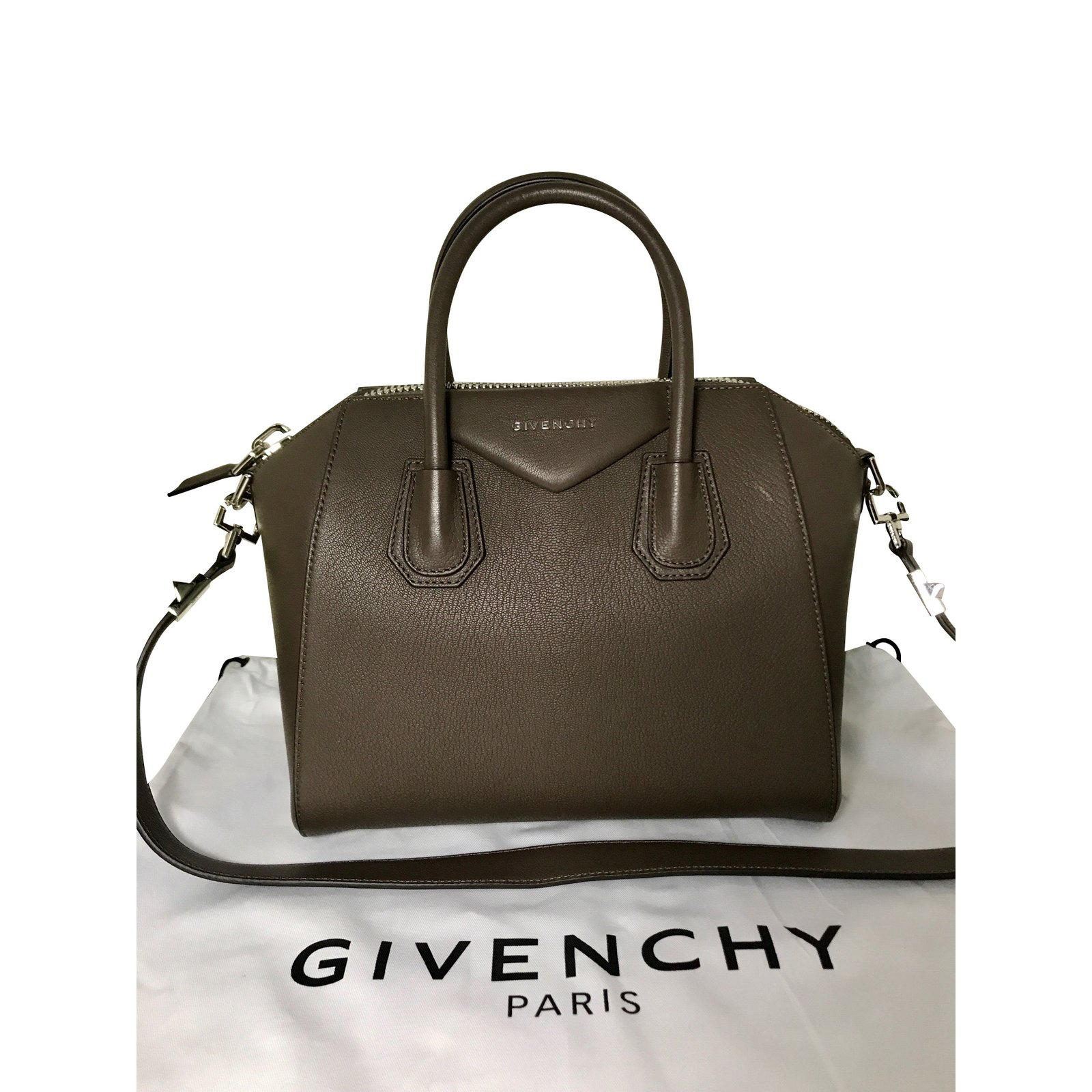 Givenchy GIVENCHY ANTIGONA SMALL HEATER GRAY BREND NEW WITH TAG Handbags  Leather Dark grey ref. 475c604ac
