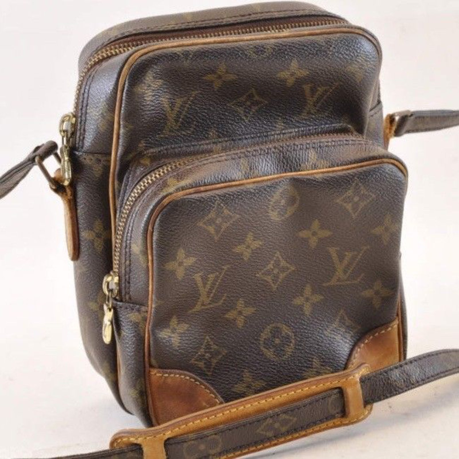 ec0069062419 Louis Vuitton Louis Vuitton Monogram Amazon Handbags Cloth Brown ref.103627