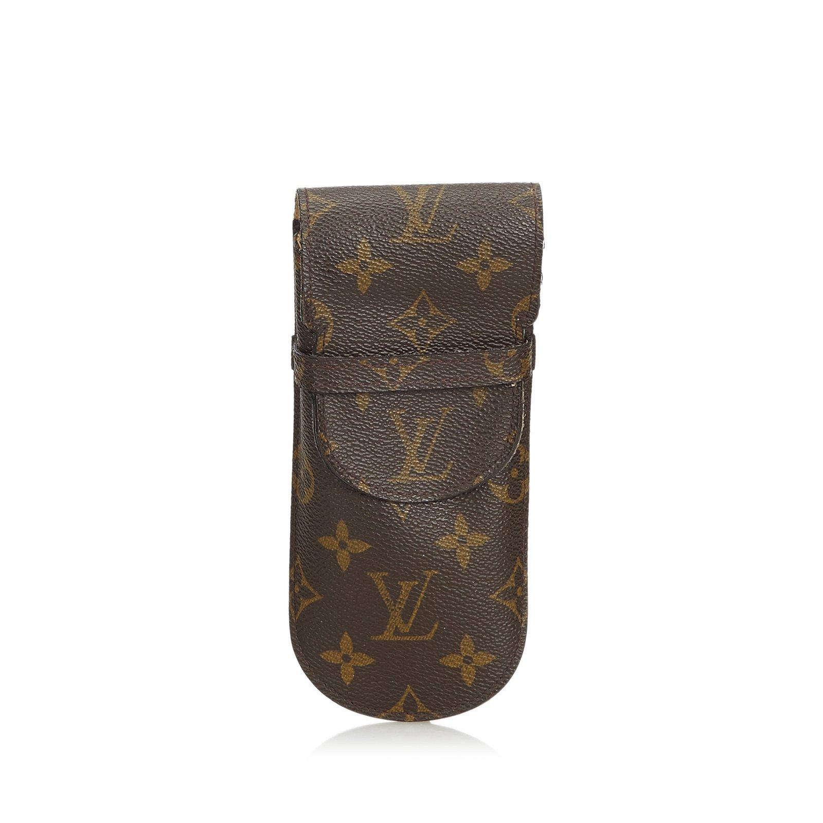 9a4cfa03122 Louis Vuitton Monogram Etui Lunettes Eyeglass Case Purses