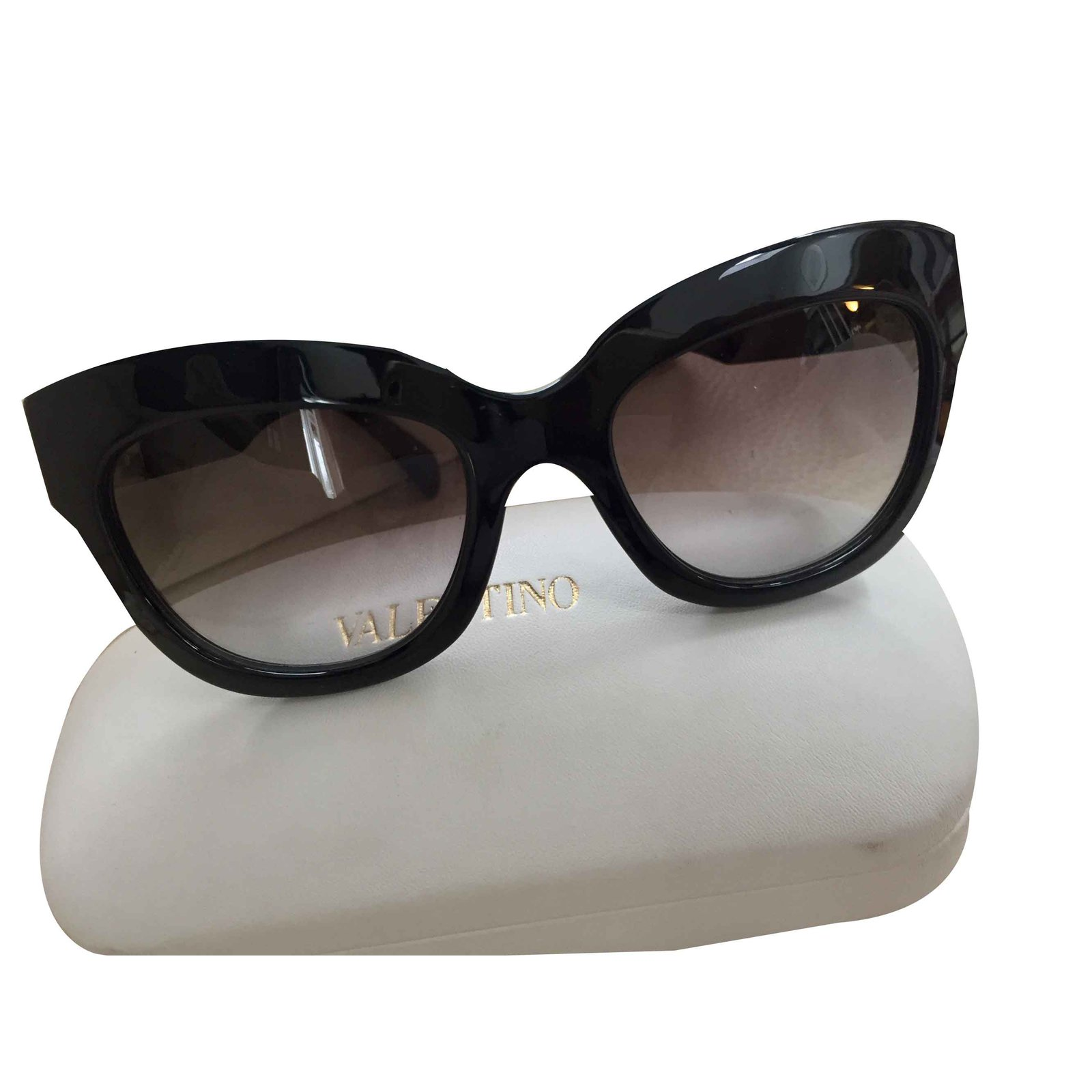 a2e2009f6440 Valentino Sunglasses Sunglasses Other Black ref.107059 - Joli Closet