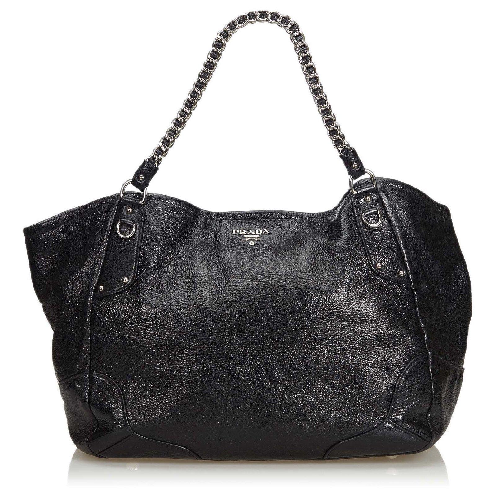 c6e70377e5f Leather Chain Tote Bag