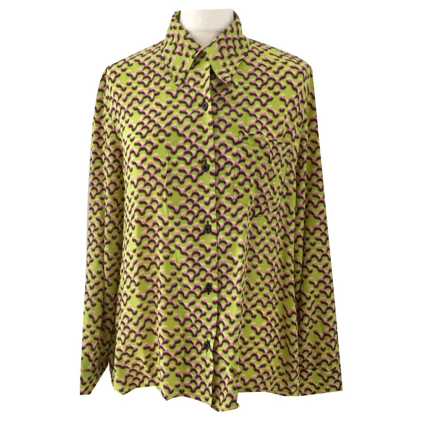 c8ac70a1226ce1 Prada Tops Tops Silk Multiple colors ref.116655 - Joli Closet