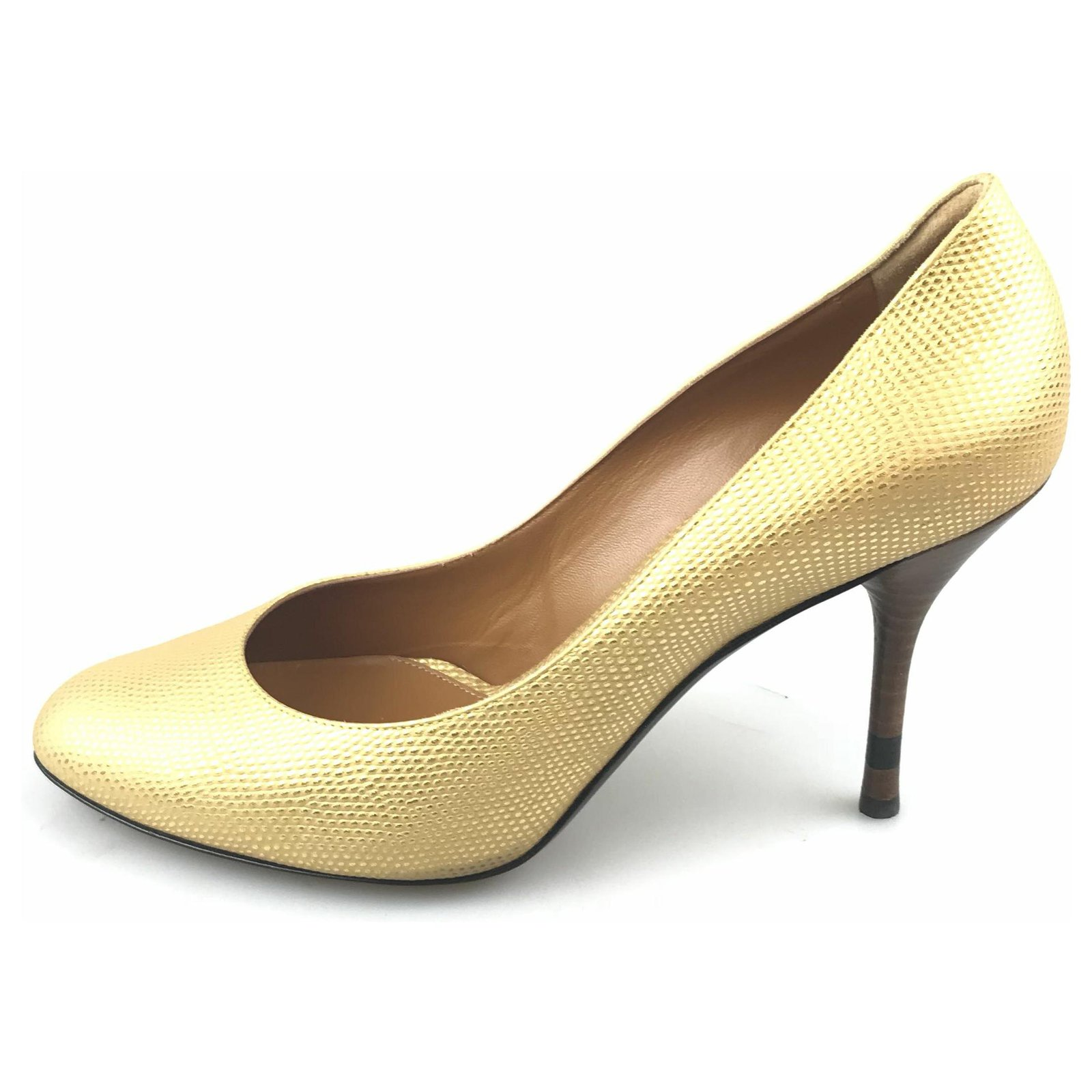 Escarpin Fendi en cuir métallisé doré