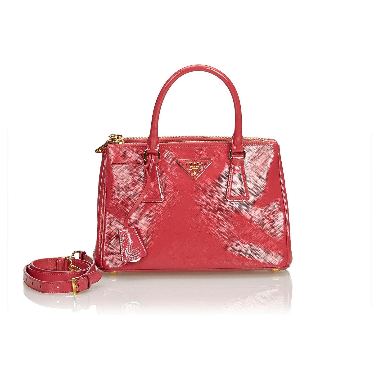 66674e920555 Prada Prada Red Saffiano Galleria Satchel Handbags Leather,Other Red  ref.120498